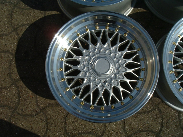 "NEW 17"" RS ALLOY WHEELS IN SILVER WITH GOLD RIVETS, VERY DEEP DISH 10"" REARS et20/15"