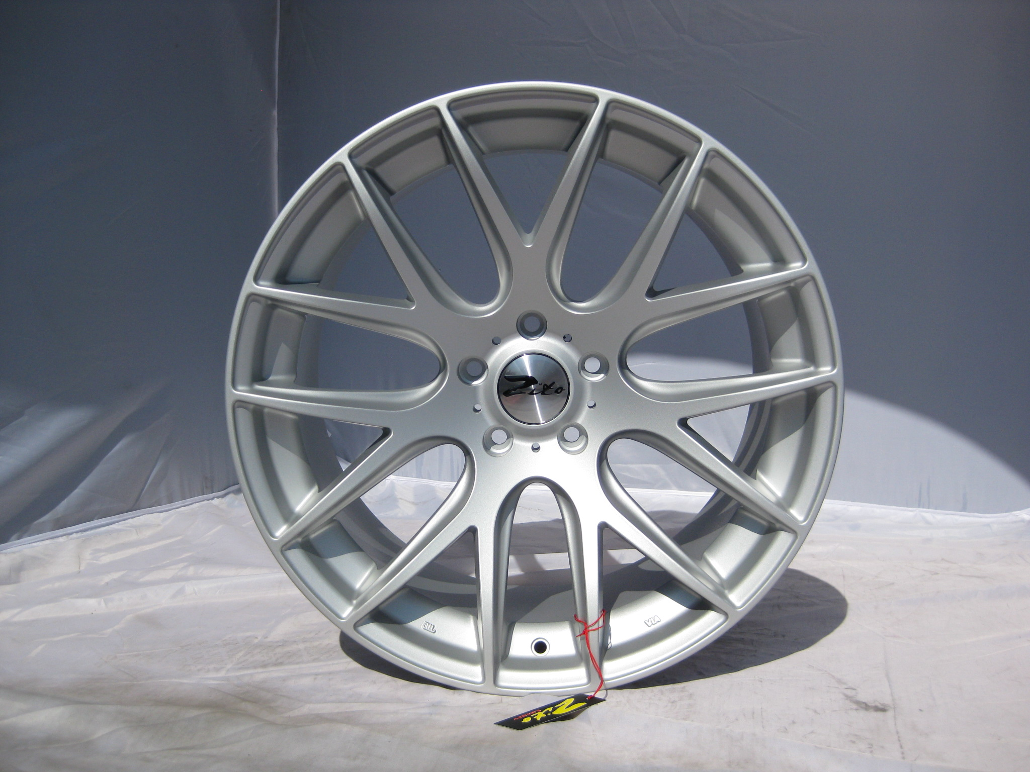 "NEW 20"" ZITO 935 CSL GTS STAGGERED ALLOYS FINISHED IN RARE MATT SILVER, SUPER DEEP CONCAVE 10.5"" REARS WITH 860KG LOAD"