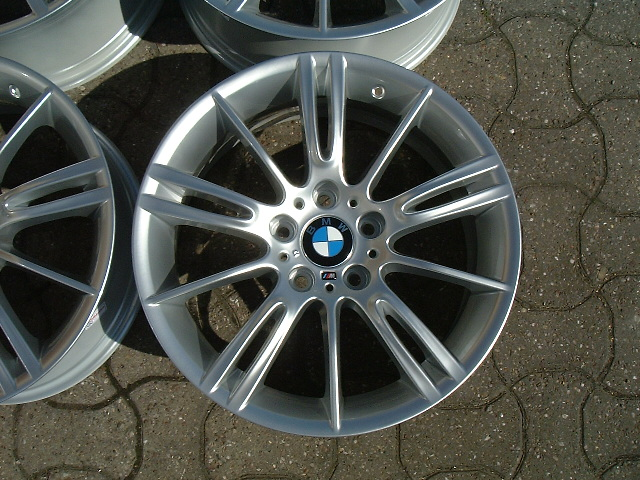 "USED 18"" GENUINE STYLE 193 E9X MV3 M SPORT ALLOYS, WIDE REAR, FULLY REFURBED"