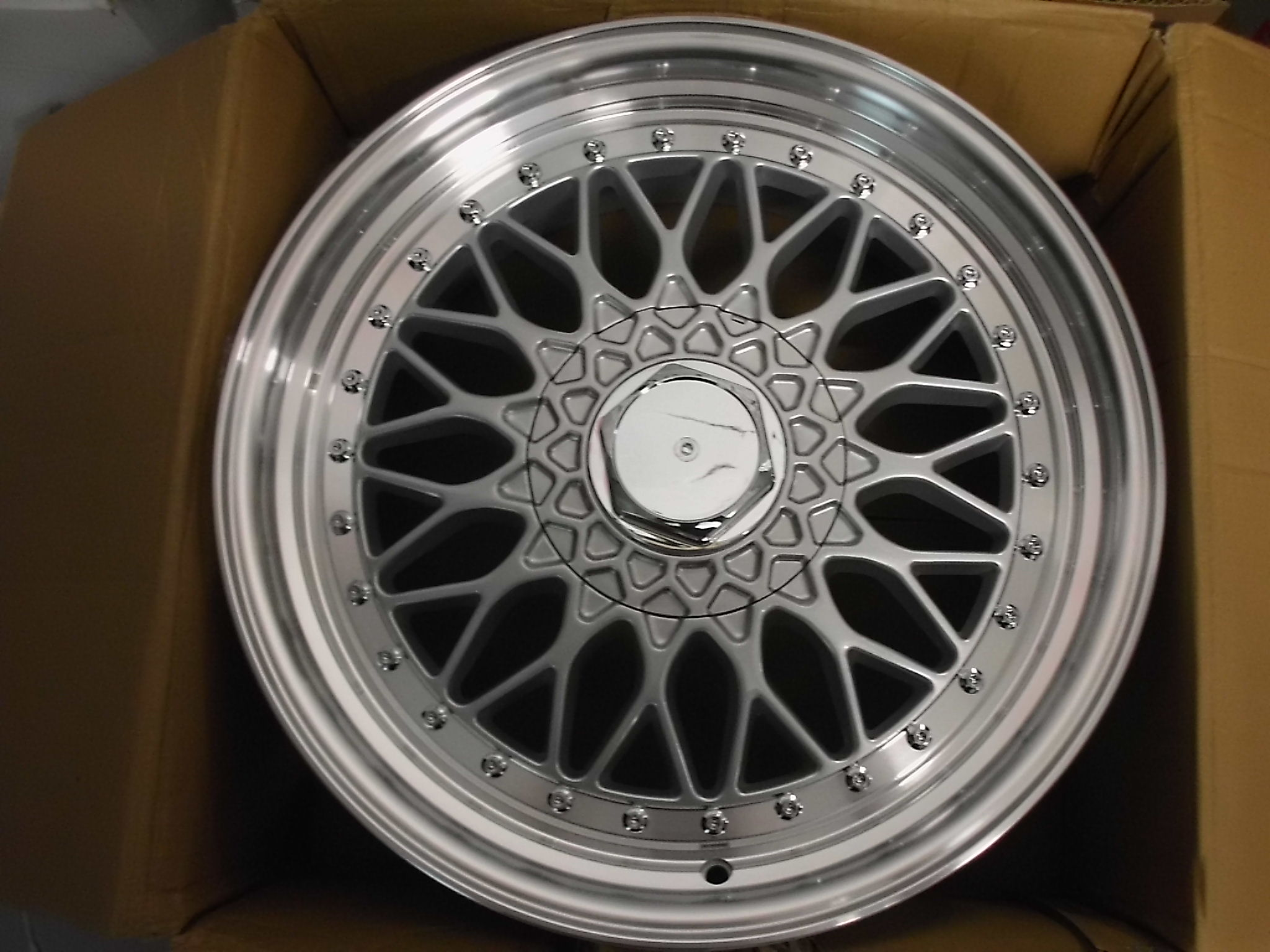 "NEW SINGLE 17"" RS STYLE ALLOY WHEEL, 7.5"" ET35 5x100/112"