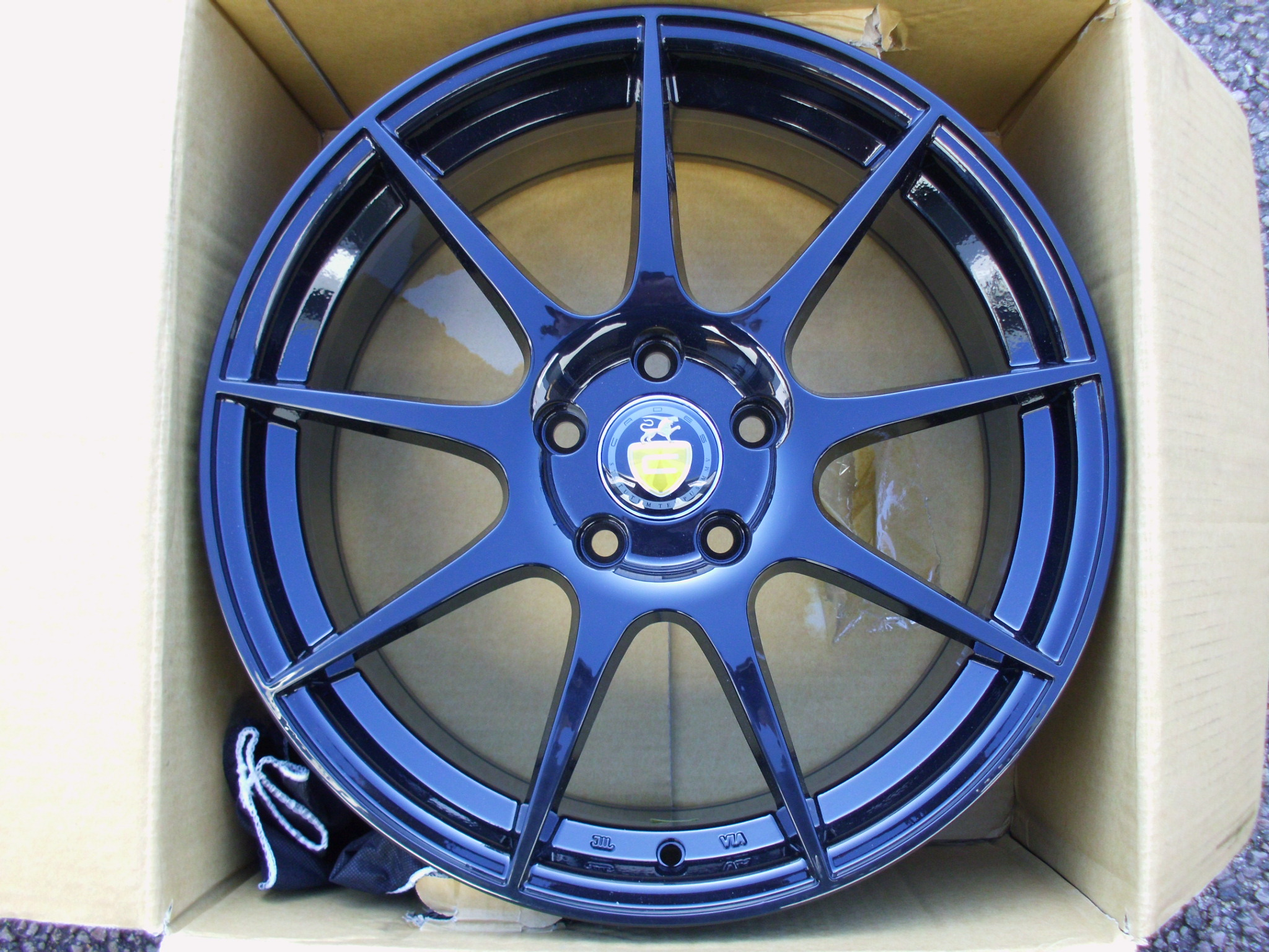 "NEW SINGLE 18"" CADES TORA ALLOY WHEEL, 8"" et45 5x112"