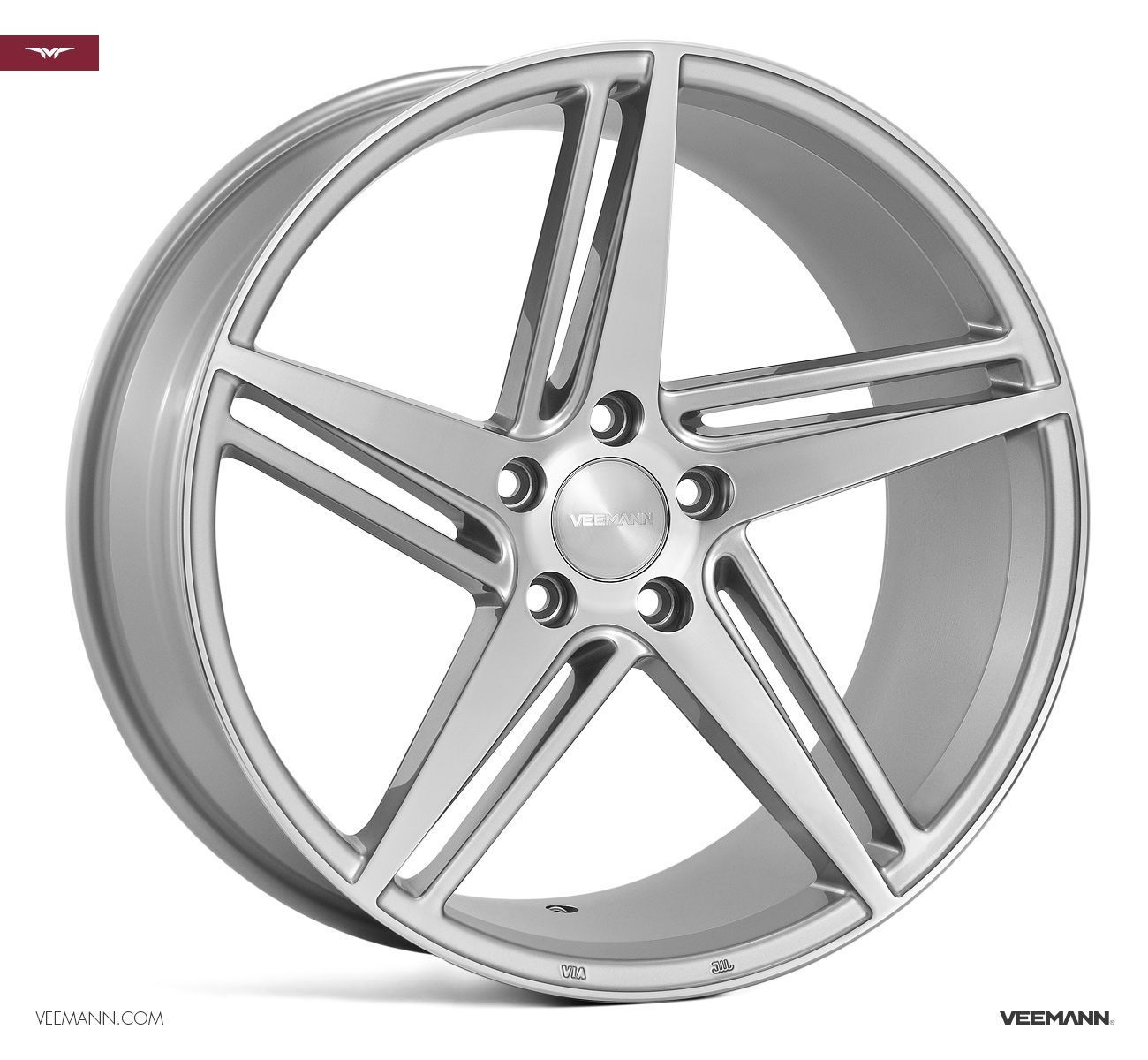 "NEW 18"" VEEMANN V-FS31 ALLOY WHEELS IN SILVER POL WITH WIDER 9"" REARS"