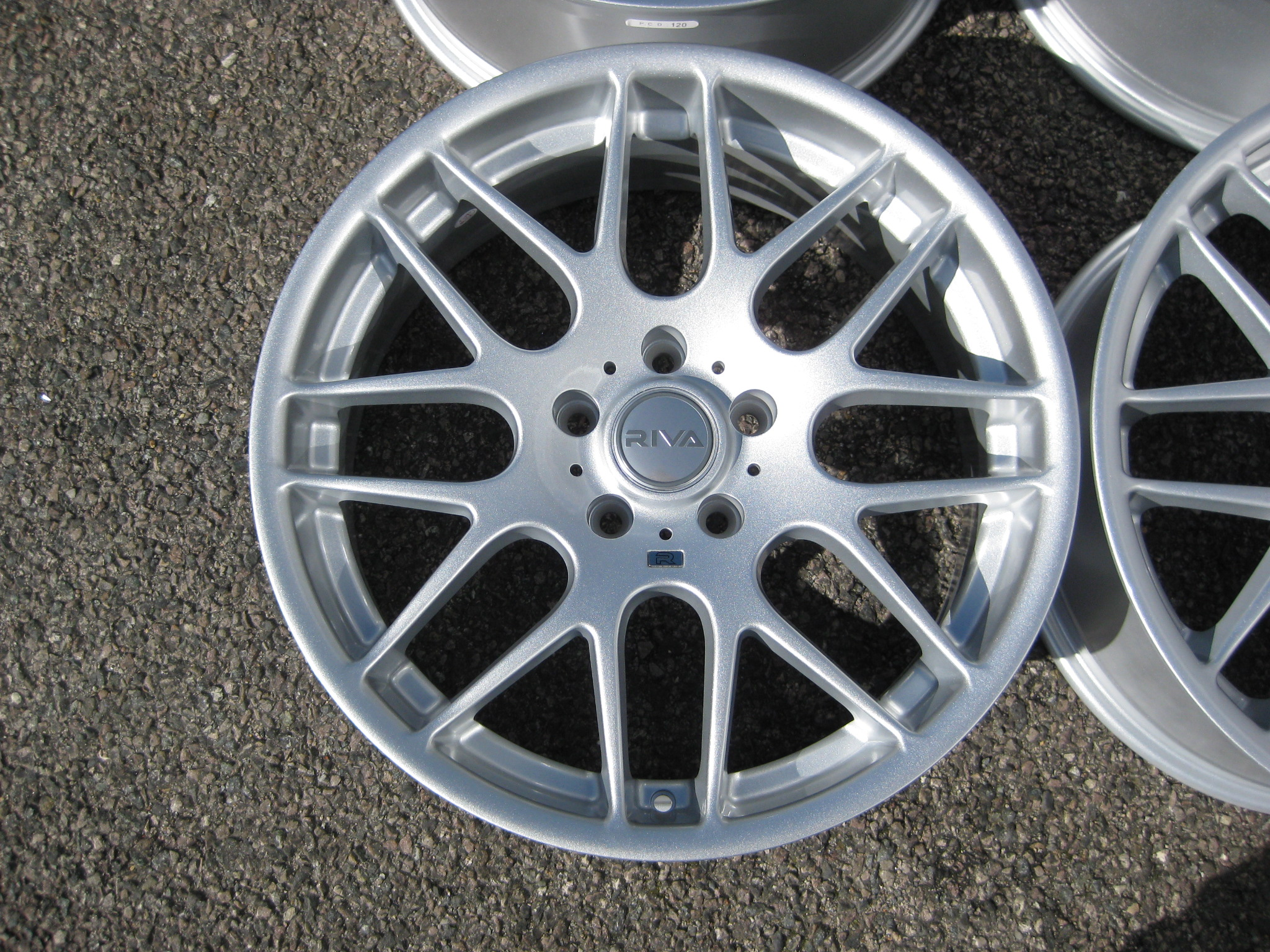 "NEW 18"" RIVA DTM CSL ALLOY WHEELS FINISHED IN SILVER, DEEPER LOOK, WIDER REAR'S"