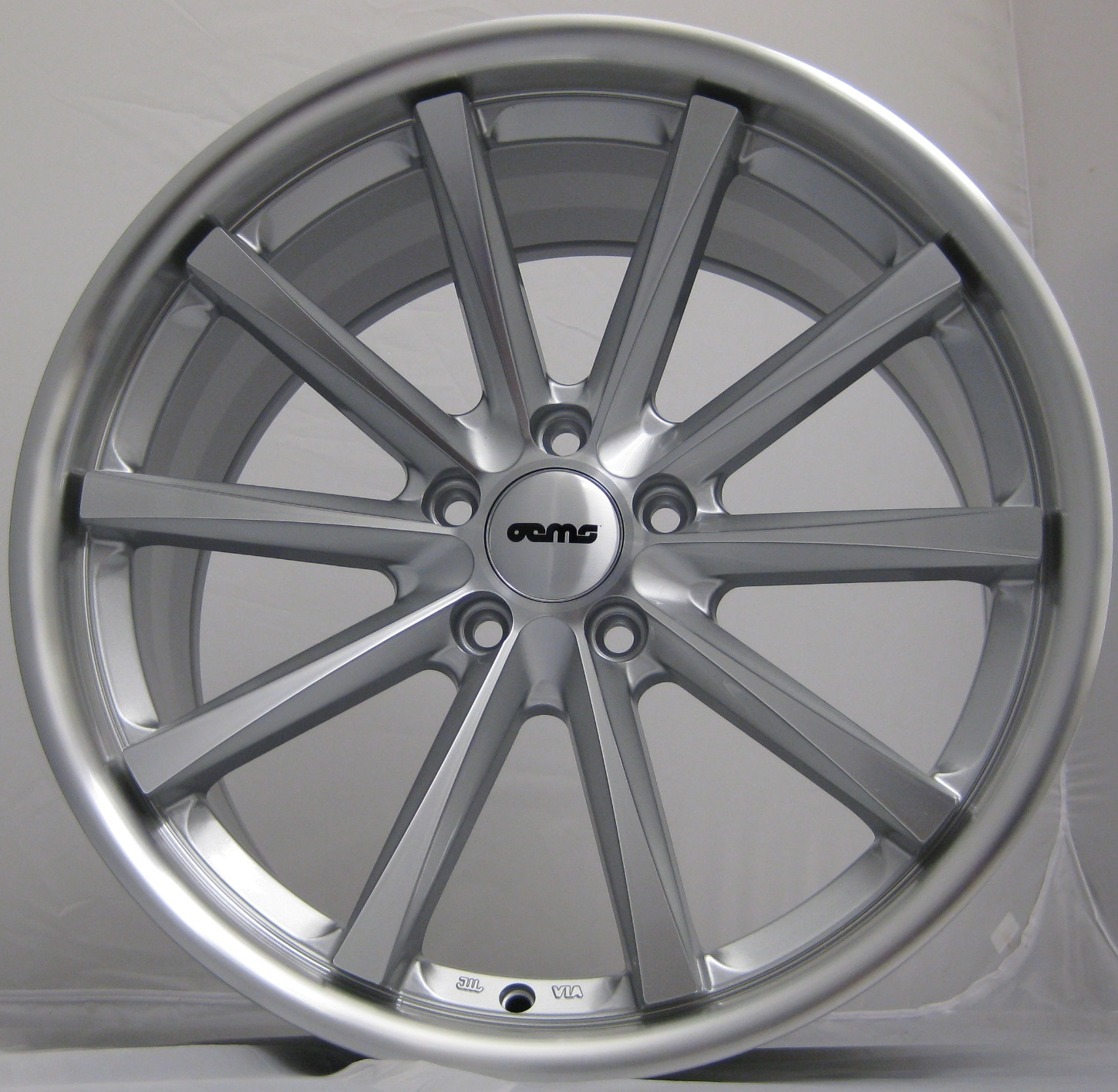 "NEW 22"" OEMS 110 CONCAVED ALLOYS IN SILVER WITH FULL POLISHED FACE AND DISH, 10.5""ET45"