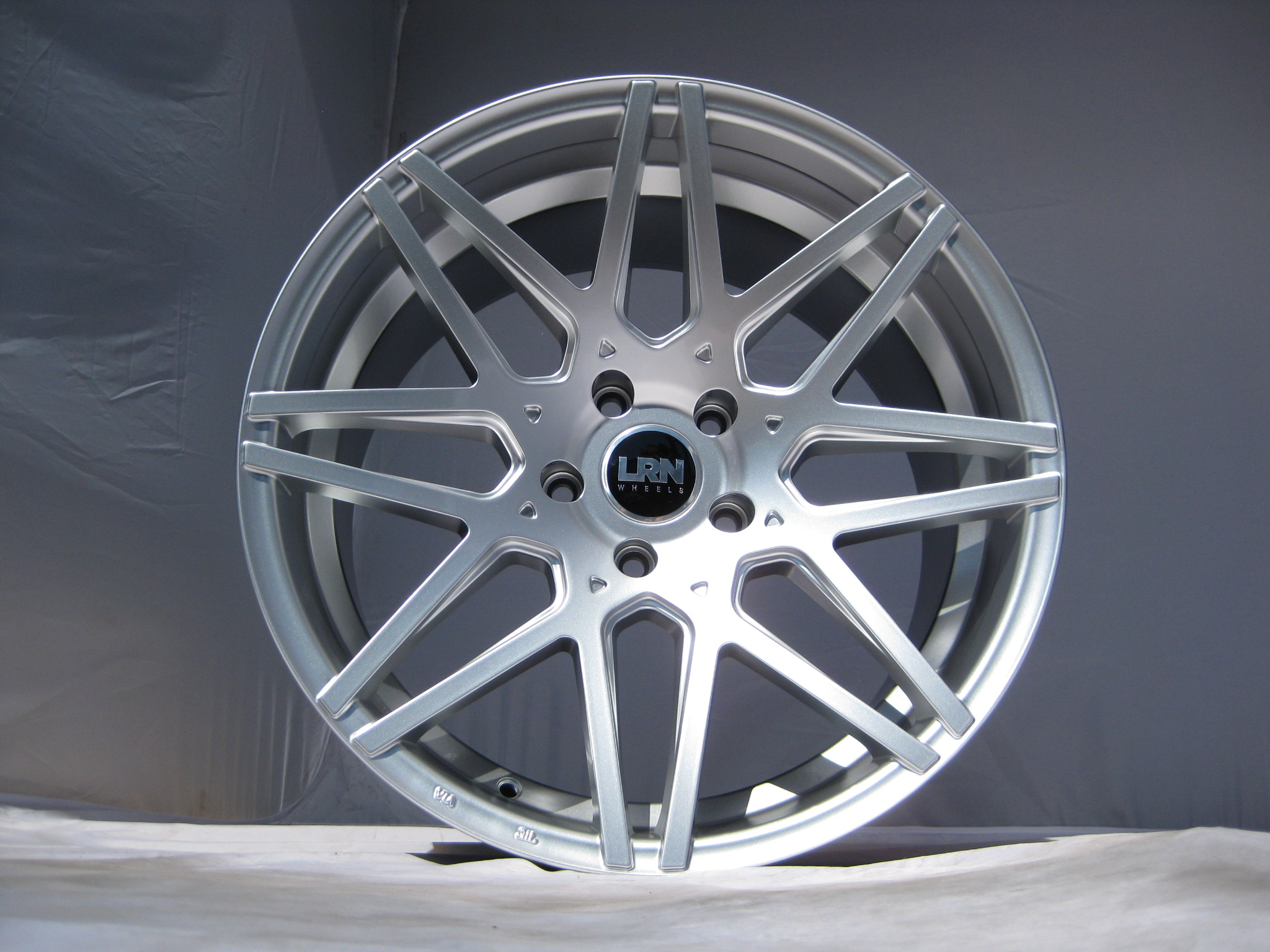 "NEW 19"" LRN BLADE ALLOYS IN HYPER SILVER, MASSIVE 10.5"" WIDE REARS WITH DEEPER CONCAVE"
