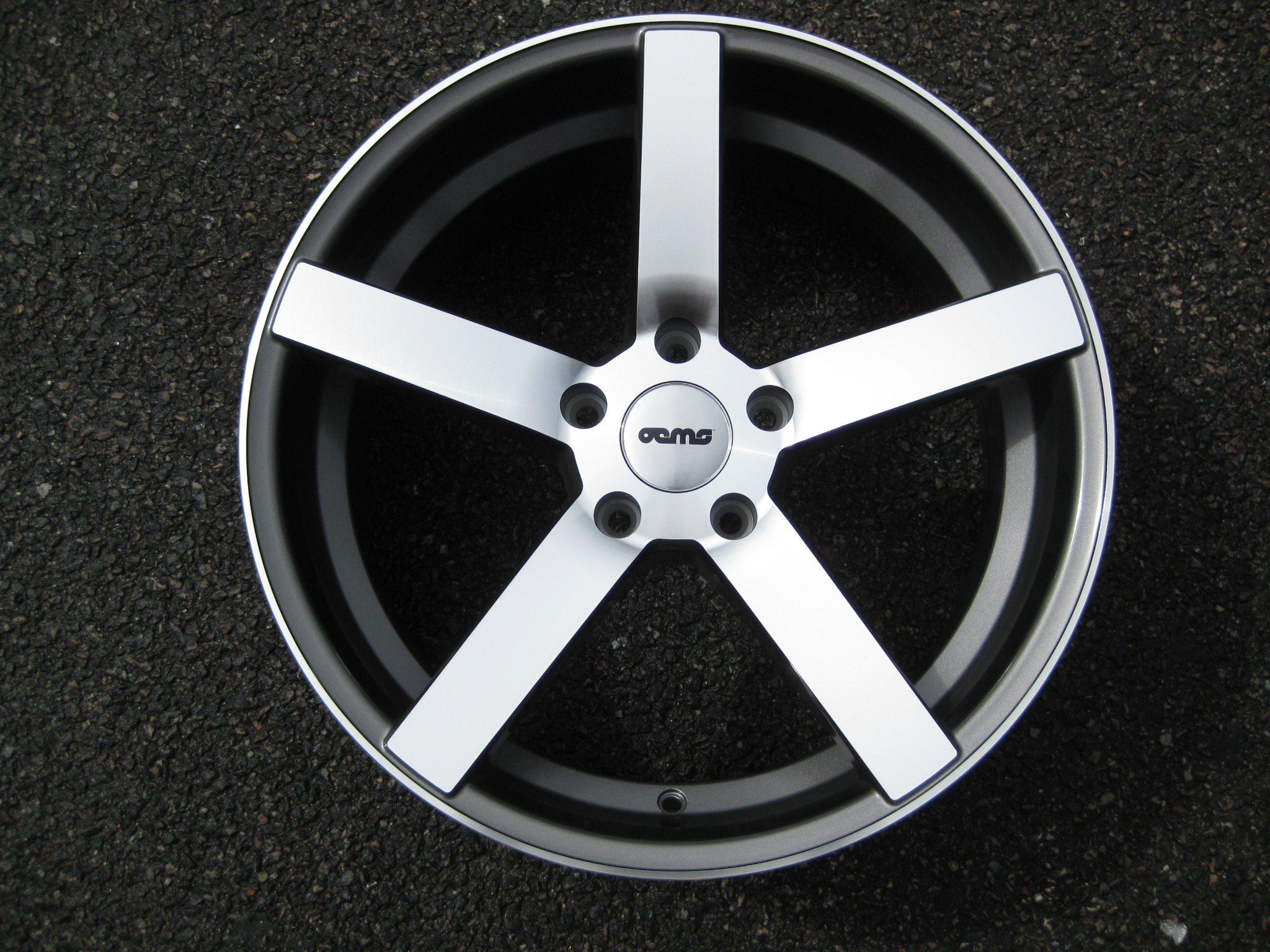 "NEW 19"" OEMS 115 DEEP CONCAVE ALLOYS IN GUNMETAL/POLISHED WITH DEEP DISH, WIDER 9.5"" REAR et35/27"