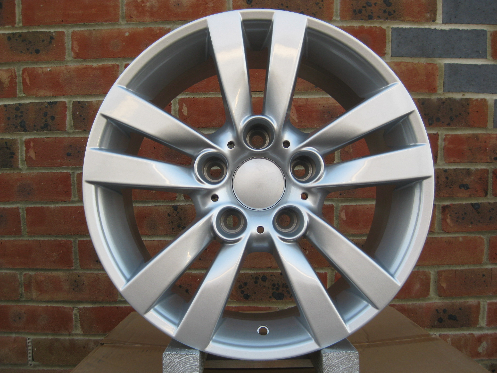"NEW 16"" TWIN 5 SPOKE ALLOY WHEELS IN SILVER ET35"