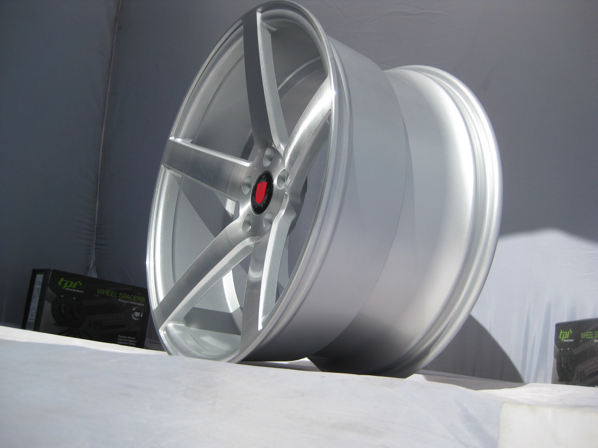 New 20 Quot Axe Ex18 Deep Concave Alloys In Silver Brushed