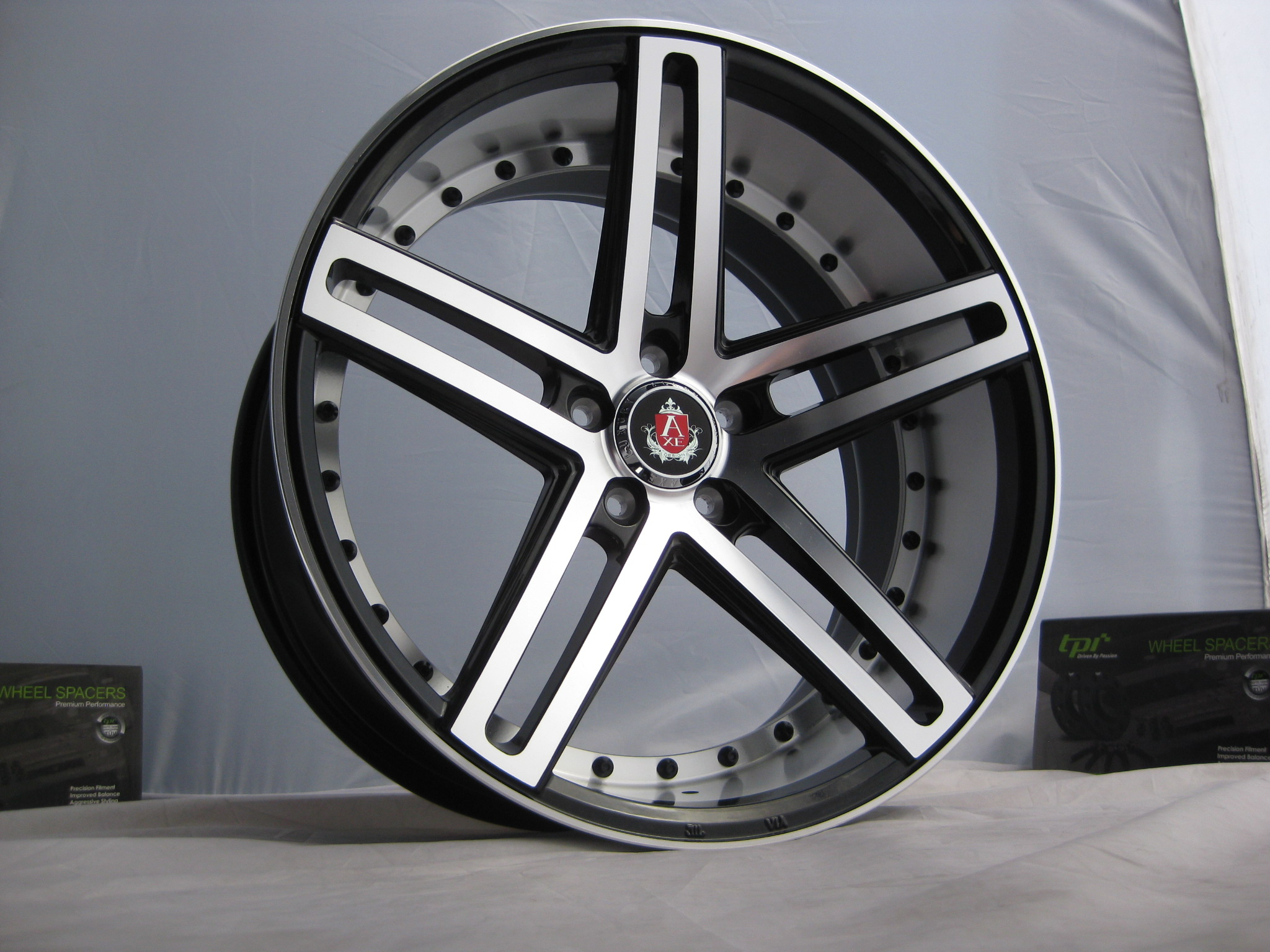 New 20 Quot Axe Ex20 Alloys In Black With Polished Face And