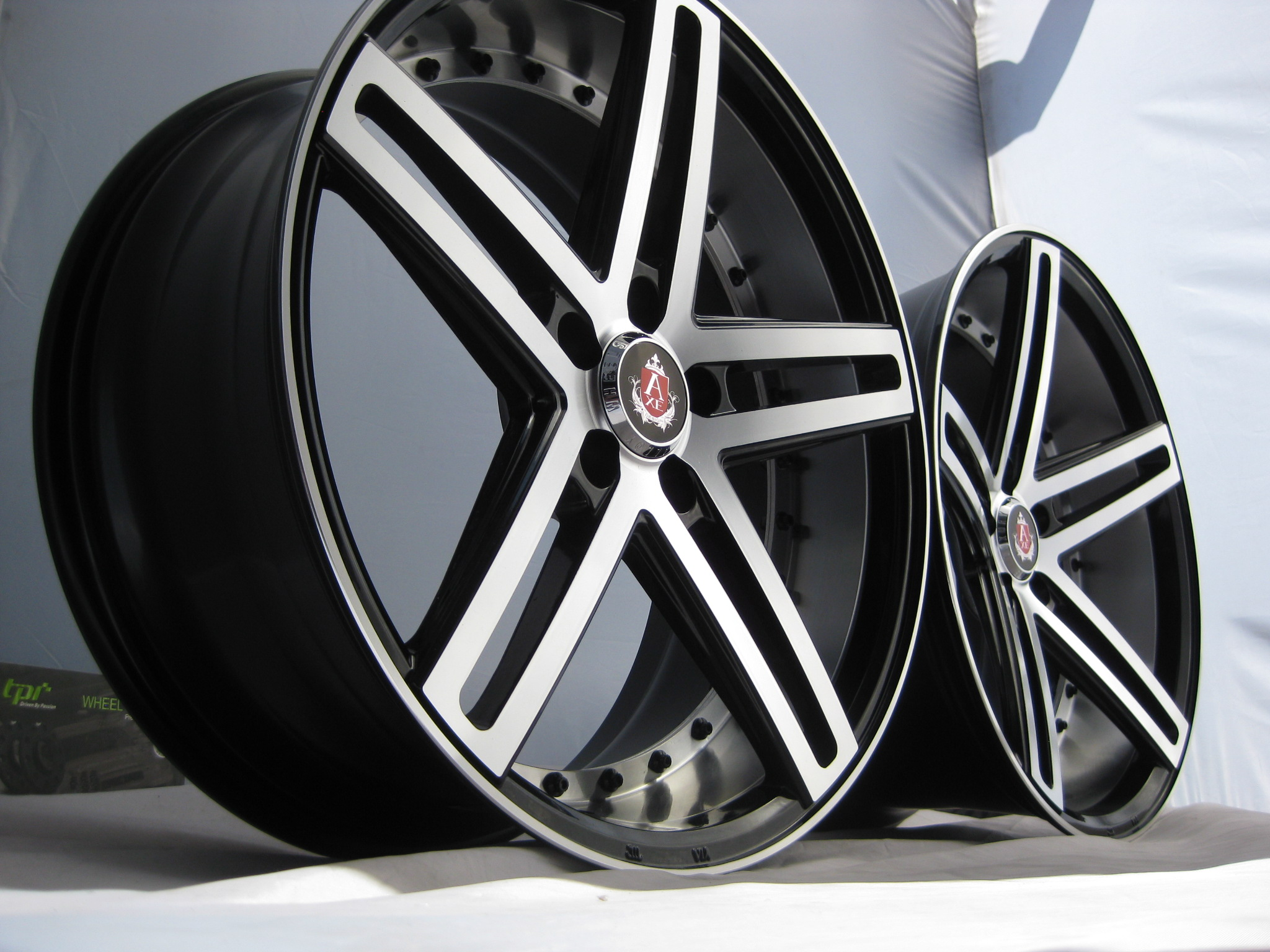 New 20 Quot Axe Ex20 Alloy Wheels In Black With Polished Face