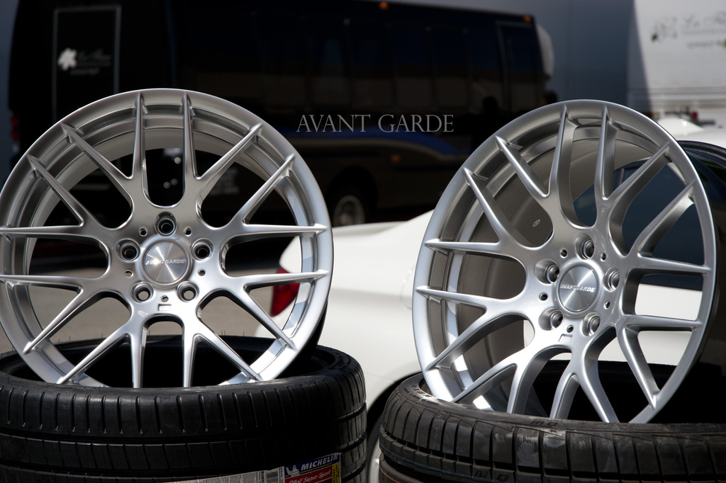 New 19 Quot Avant Garde M359 Y Spoke Alloys In Hyper Silver