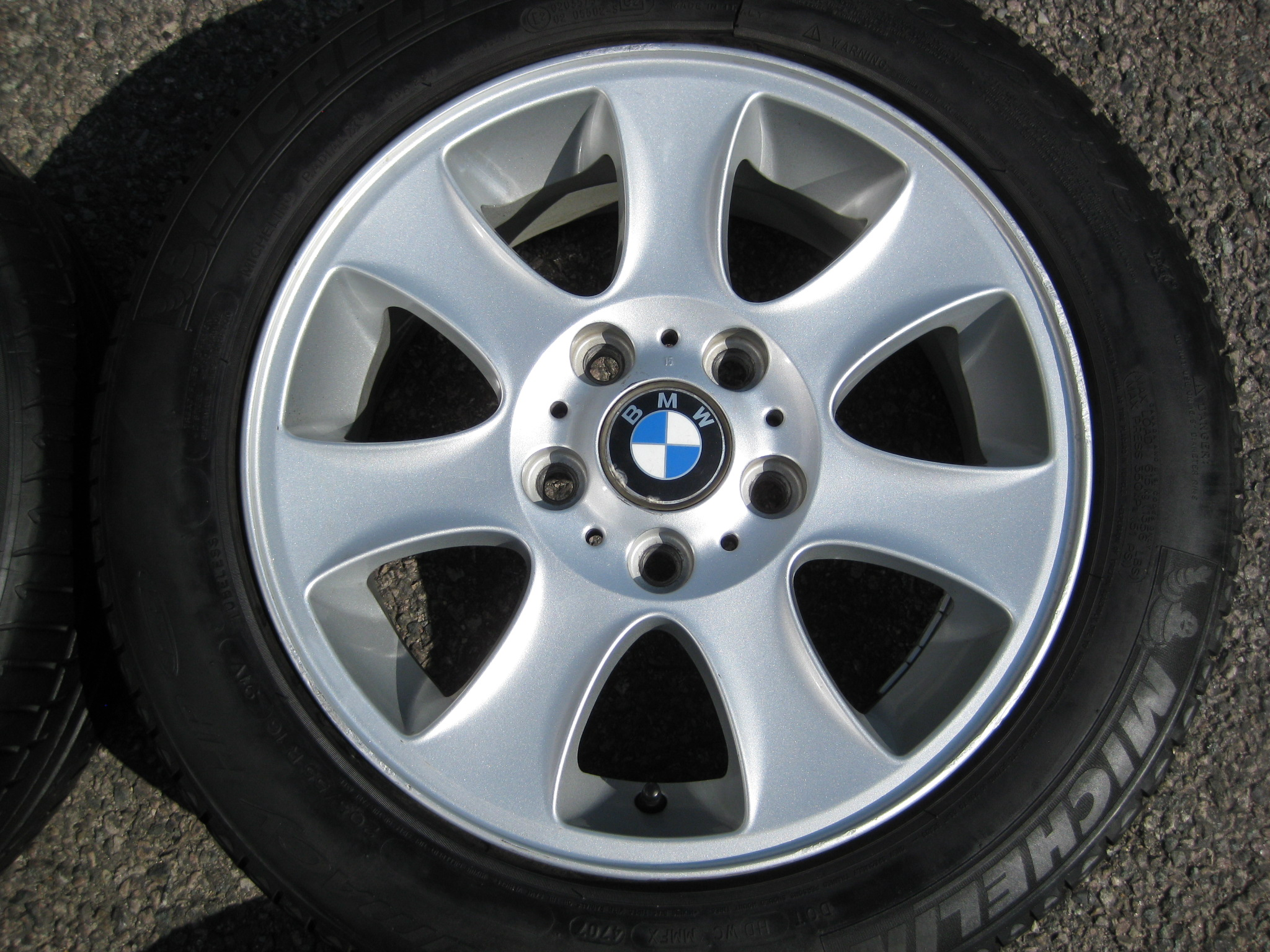 "USED 16"" GENUINE STYLE 151 7 SPOKE ALLOY WHEELS, CLEAN INC VERY GOOD MICHELIN RUNFLAT TYRES"