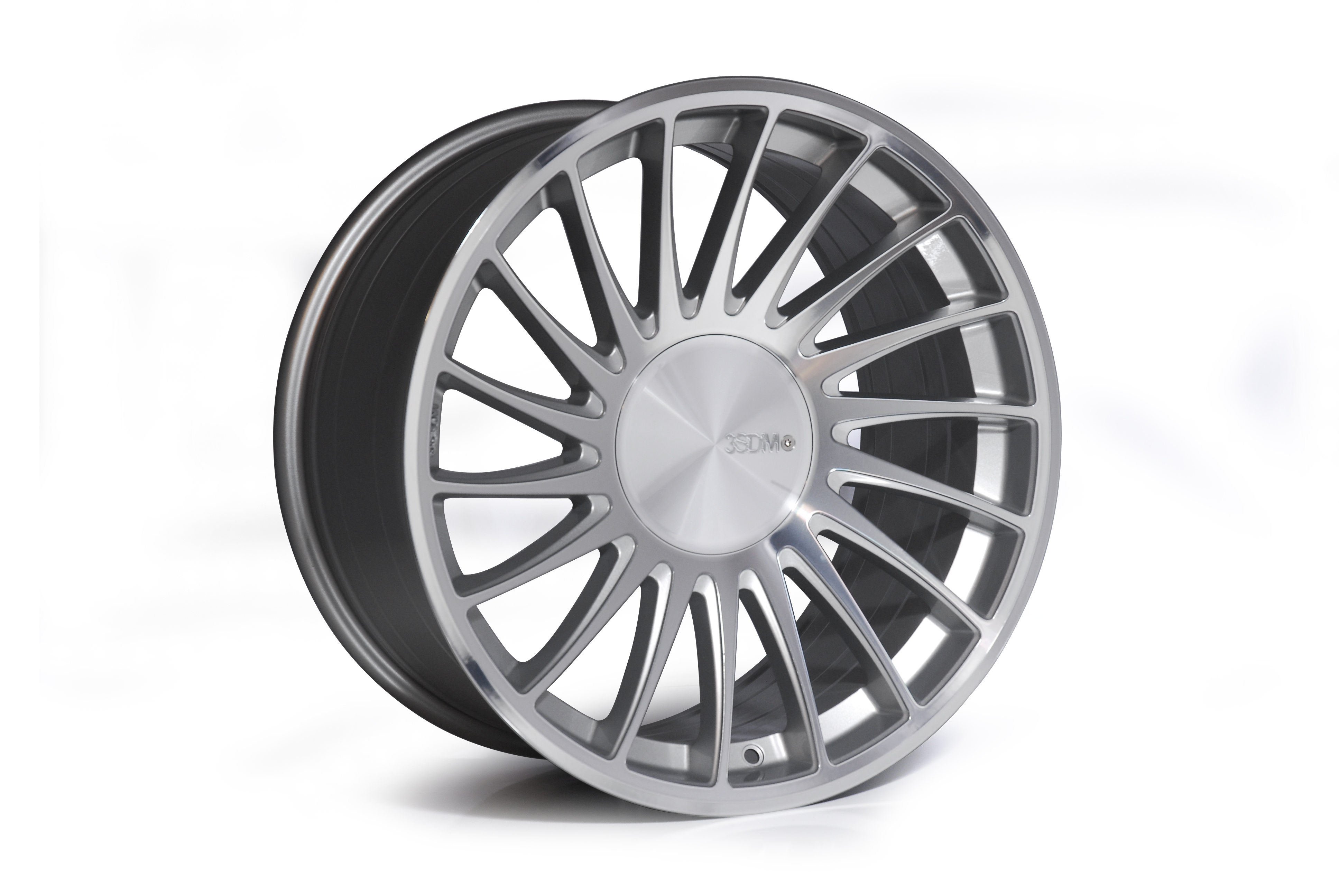 "NEW 18"" 3SDM 0.04 ALLOY WHEELS IN SILVER POLISHED WITH DEEPER CONCAVE 9.5"" REAR et35/40"