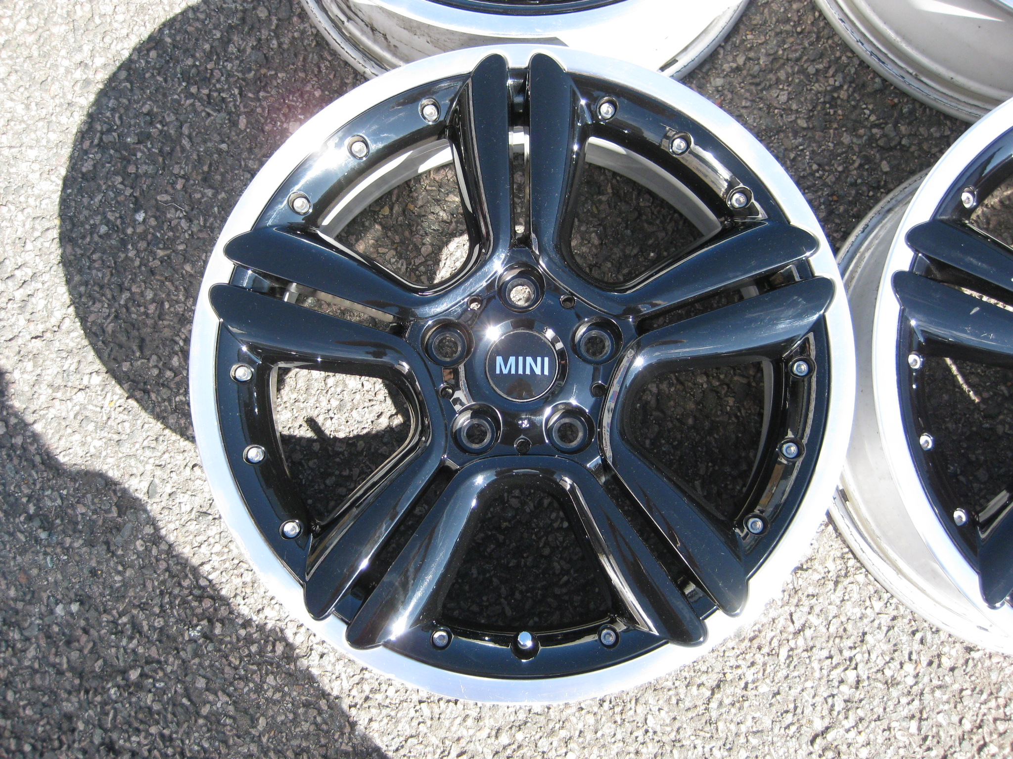 "USED 18"" GENUINE R60 MINI COUNTRYMAN STYLE R127 2 PIECE SPLIT RIM ALLOYS, CLEAN ORIGINAL CONDITION"