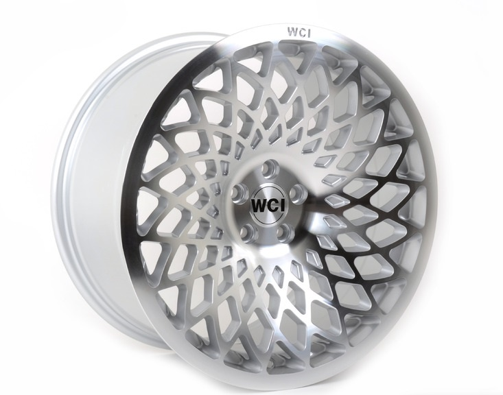 "NEW 18"" WCI MT10 ALLOY WHEELS IN HYPER SILVER WITH POLISHED FACE, EXTREME CONCAVE REARS et35/35"