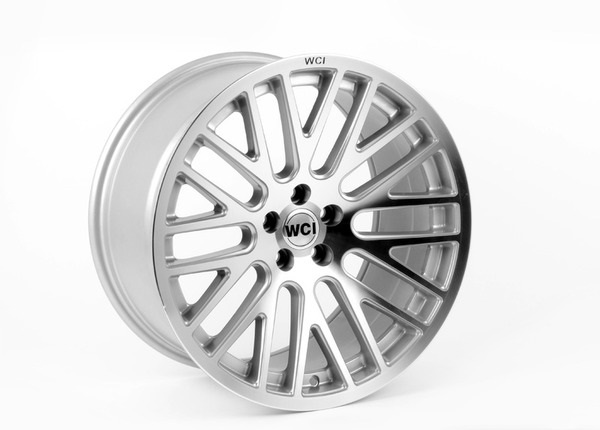 "NEW 18"" WCI SY10 Y SPOKE ALLOY WHEELS IN HYPER SILVER WITH POLISHED FACE, DEEPER CONCAVE REARS et35/35"