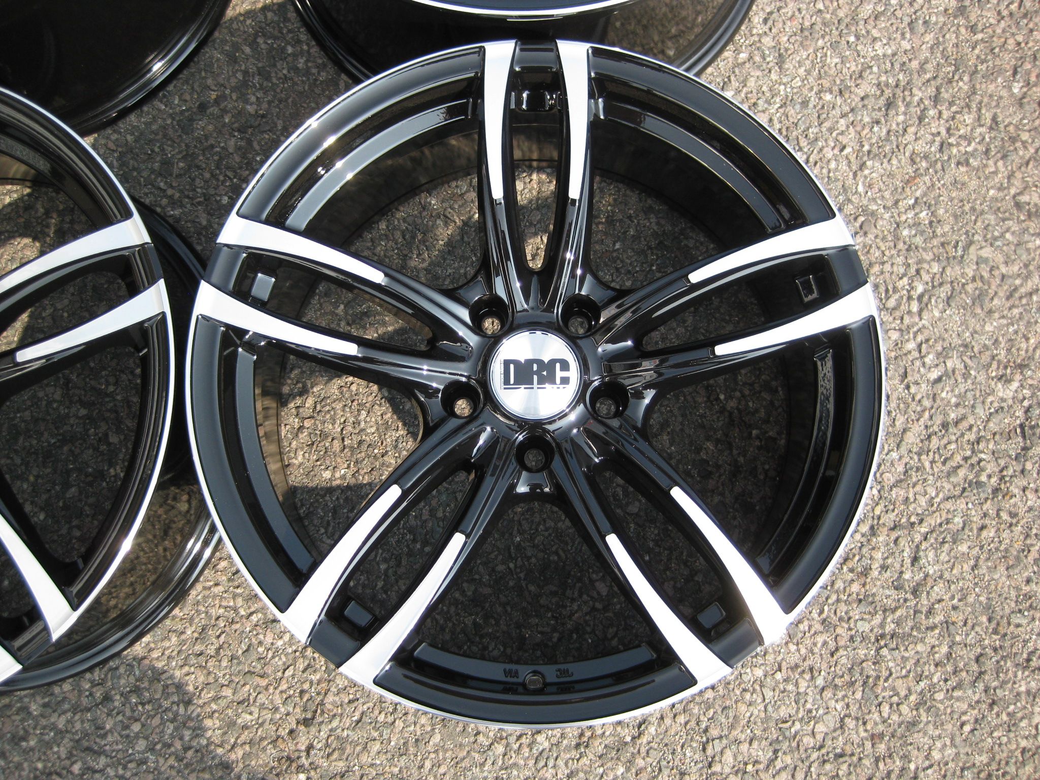 "NEW 19"" D-RC DMF 437 ALLOY WHEELS IN BLACK WITH POLISHED SPOKE EDGES AND LIP, DEEPER CONCAVE 9.5"" REARS"