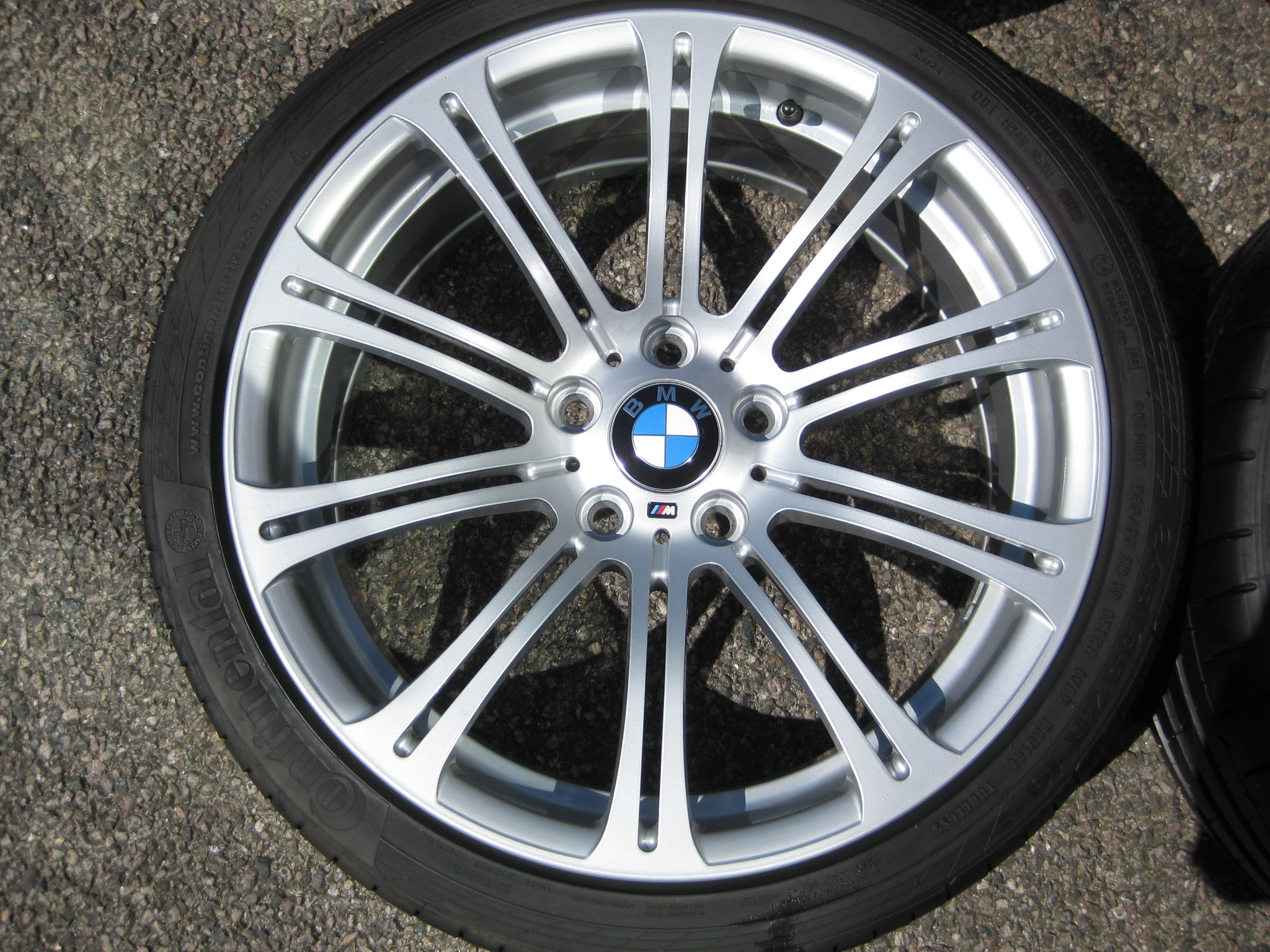"USED 19"" GENUINE STYLE 220 E92 M3 ALLOY WHEELS, WIDE REAR, RECENT REFURBED, INC GOOD TYRES"
