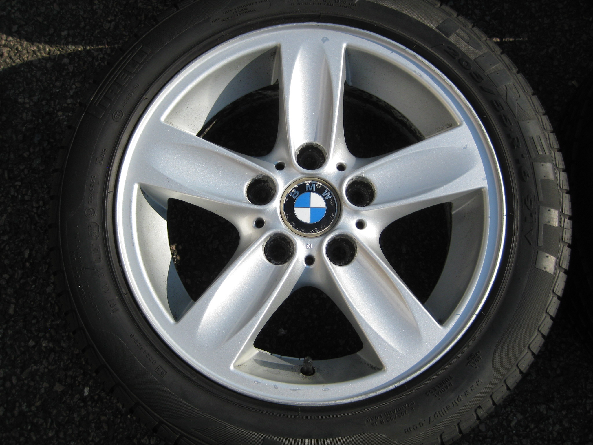 "USED 16"" GENUINE STYLE 140 5 SPOKE ALLOYS, CLEAN, INC GOOD NON RUNFLAT TYRES"