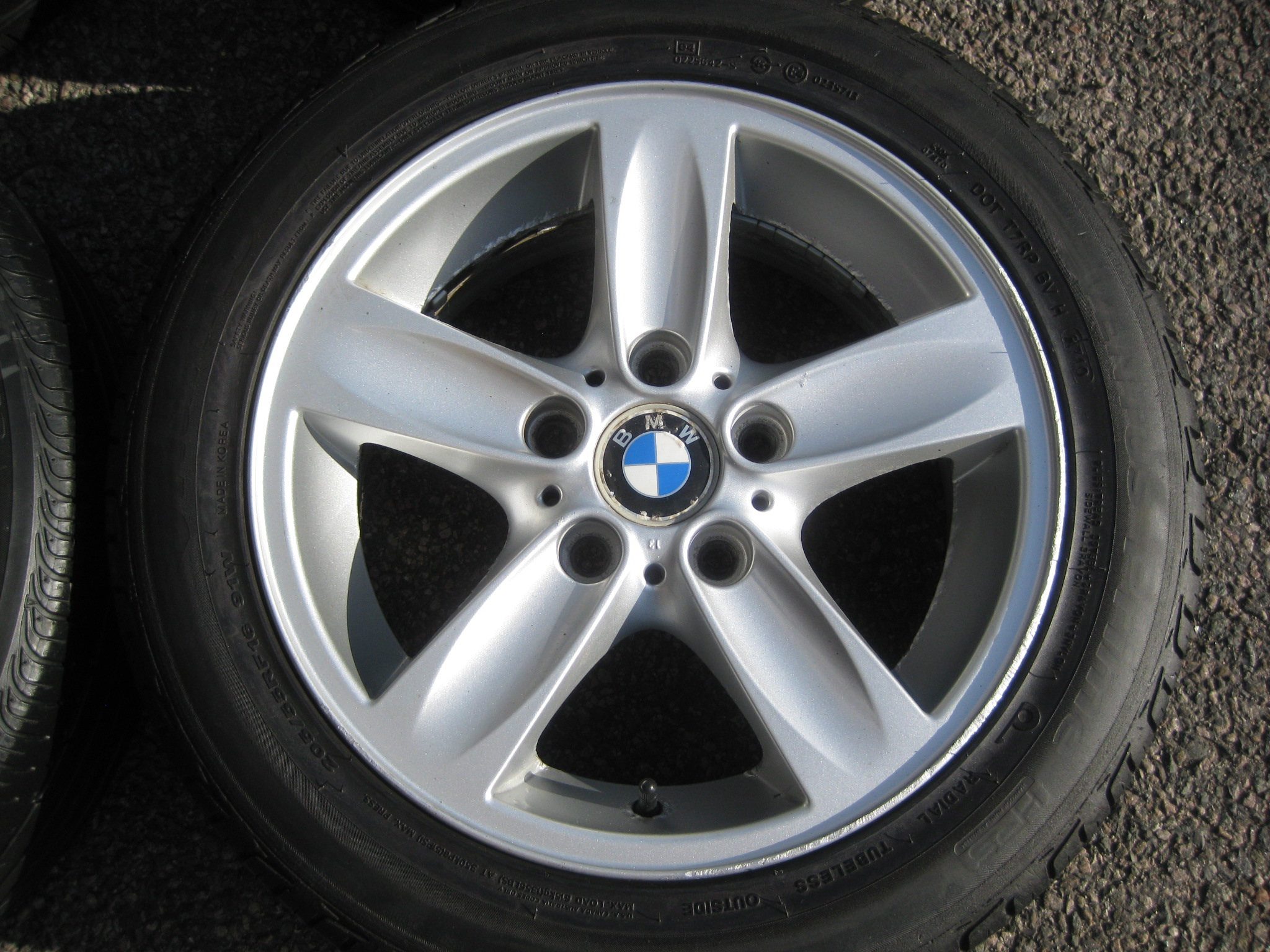"USED 16"" GENUINE STYLE 140 5 SPOKE ALLOY WHEELS, CLEAN, INC GOOD RUNFLAT TYRES"