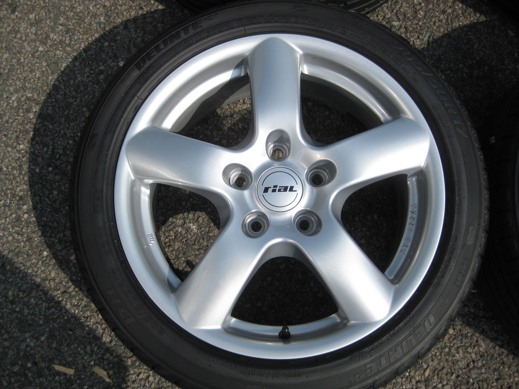 "USED 17"" GENUINE RIAL 5 SPOKE ALLOY WHEELS, NEAR NEW,GERMAN MADE,INC NEAR NEW TYRES"