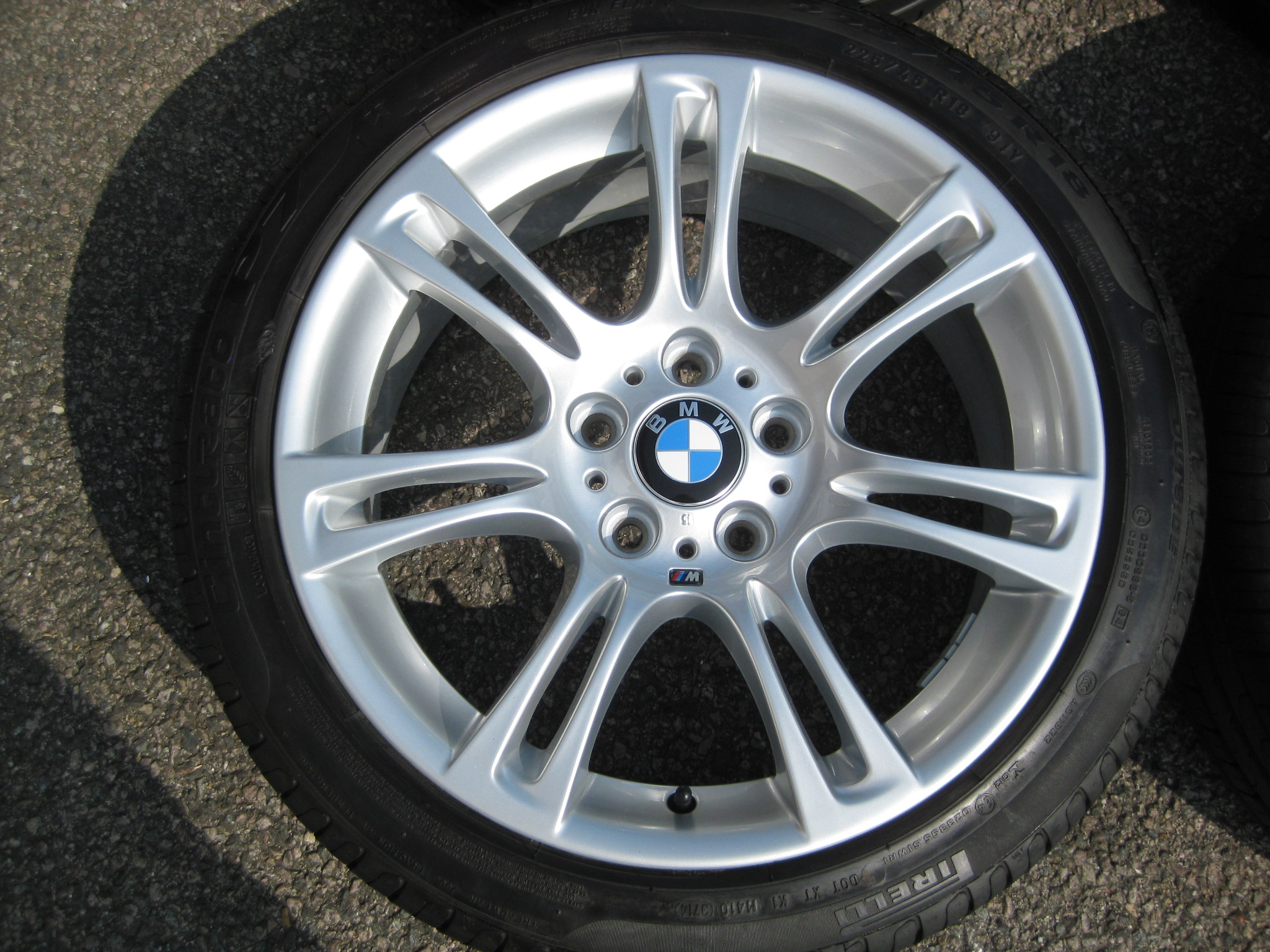 "USED 18"" GENUINE STYLE 350 M SPORT ALLOYS,WIDER REARS,FULLY REFURBED INC RUNFLAT TYRES"