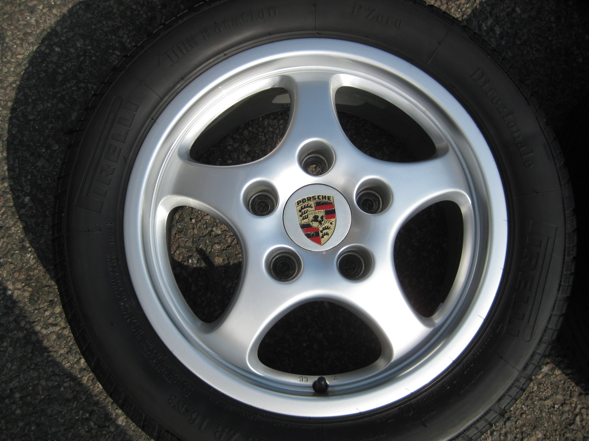 "USED 16"" GENUINE PORSCHE 911 964 CUP 1 ALLOYS, WIDER REARS,VGC INC TYRES"