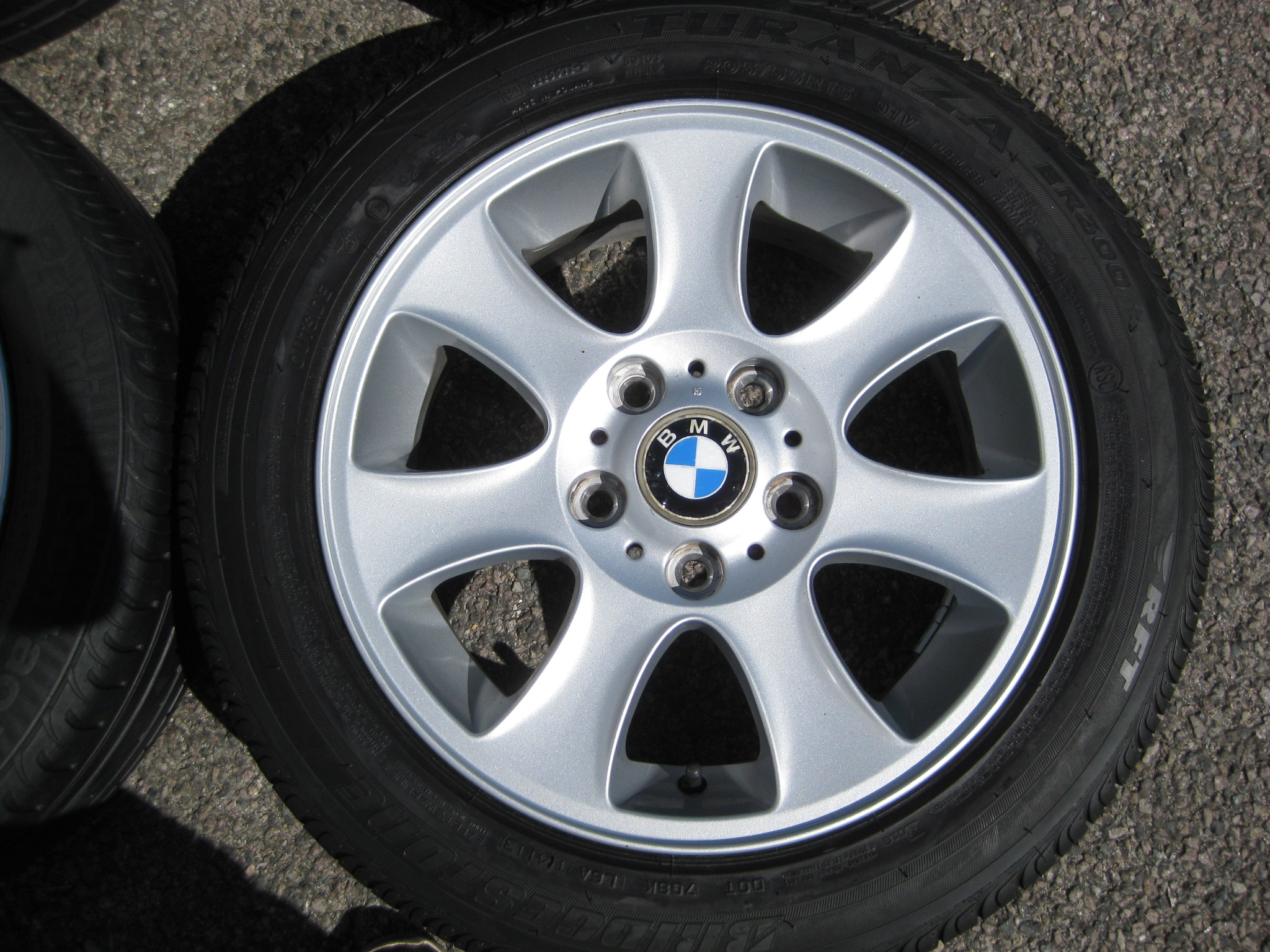 "USED 16"" GENUINE STYLE 151 7 SPOKE ALLOY WHEELS, CLEAN INC RUNFLAT TYRES"