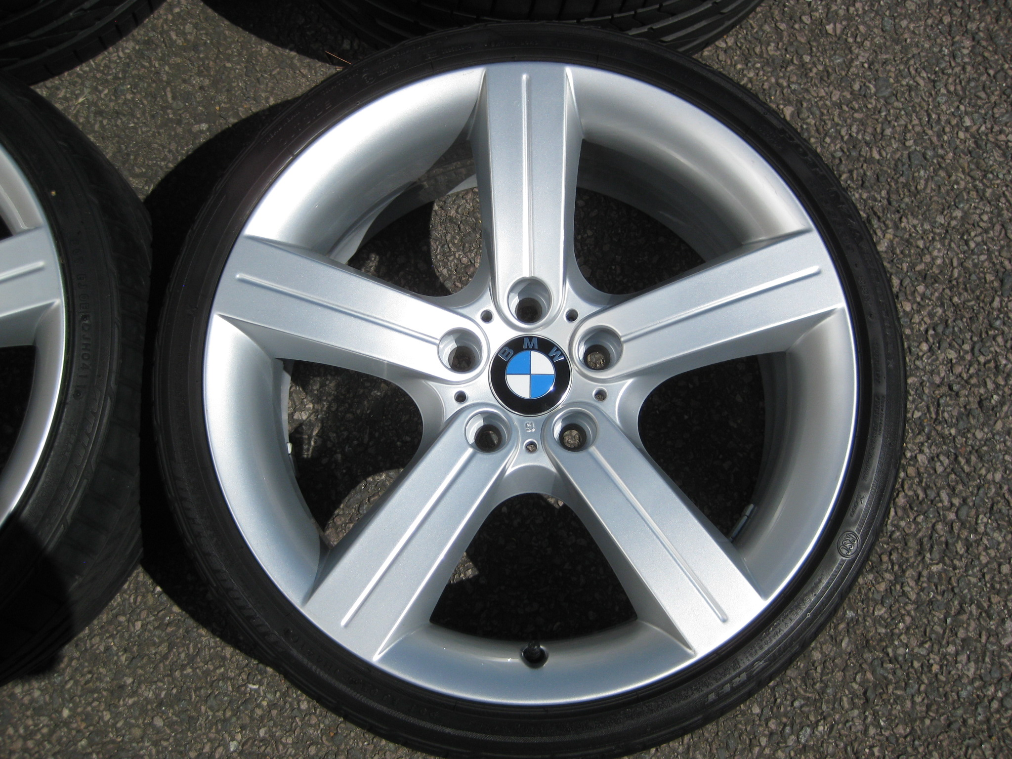 "USED 19"" GENUINE BMW STYLE 199 E92 5 SPOKE ALLOY WHEELS, WIDE REAR, FULLY REFURBED INC GOOD BRIDGESTONE RUNFLAT TYRES"