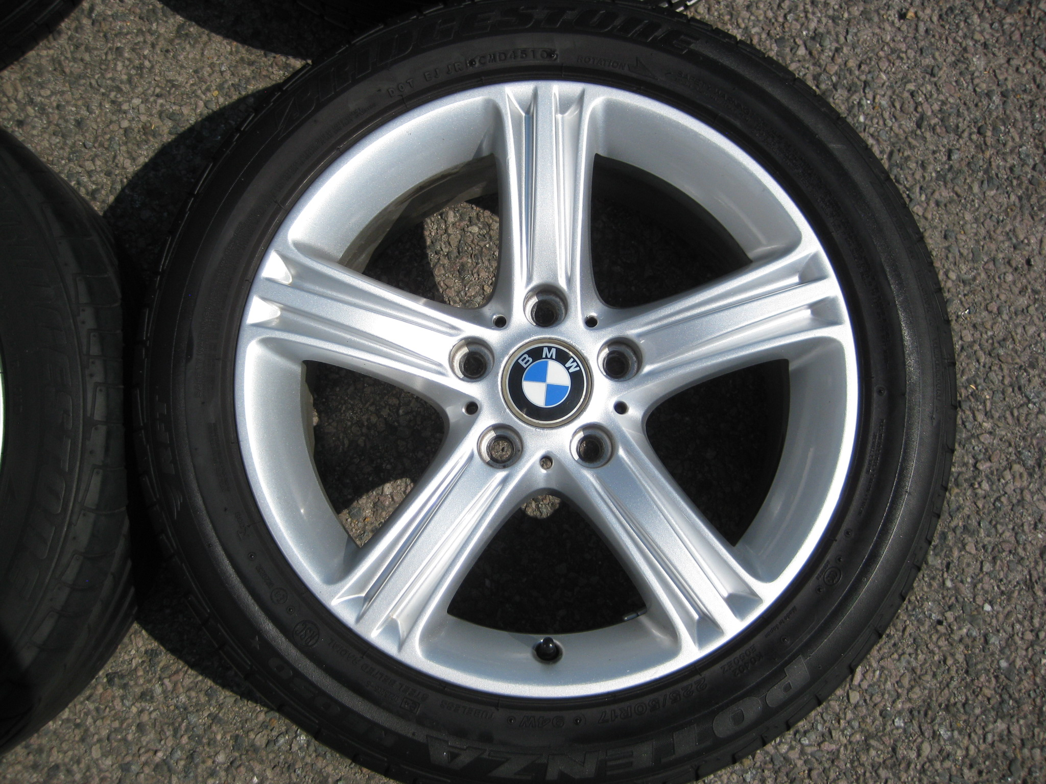 "USED 17"" GENUINE STYLE 393 F30 5 SPOKE ALLOYS, VGC INC RUNFLATS"