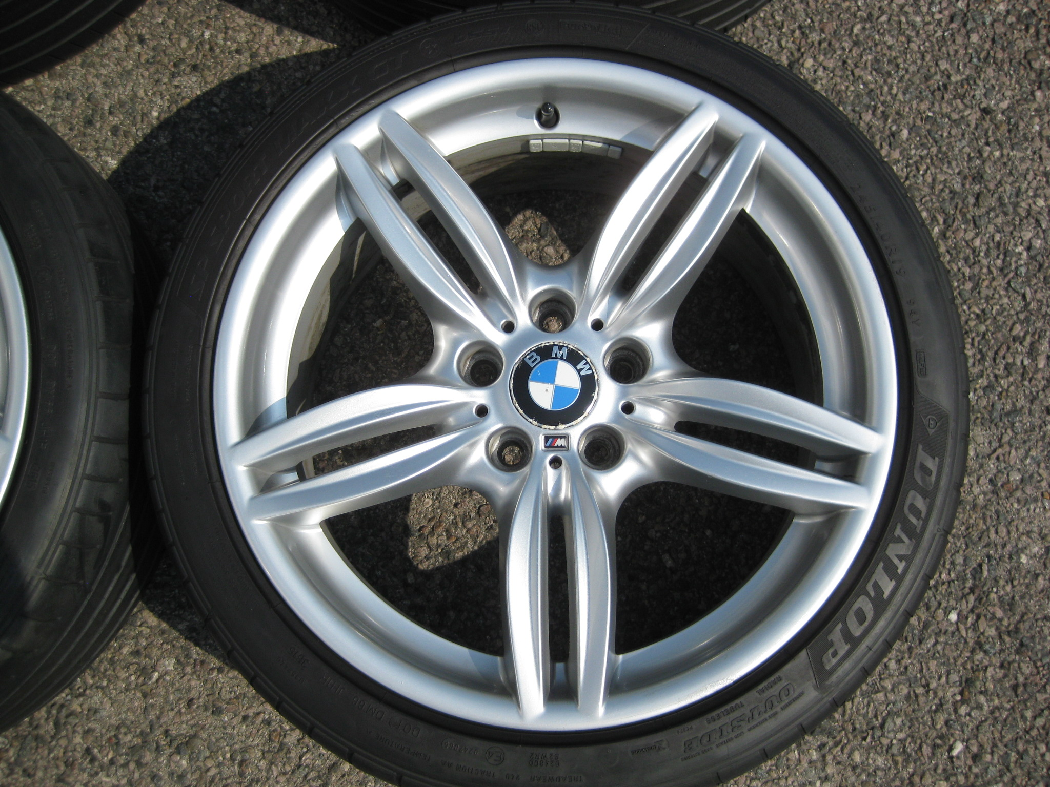 "USED 19"" GENUINE STYLE 351 F10 M SPORT ALLOYS,VGC WITH WIDE REARS INC DUNLOP RUNFLAT TYRES"