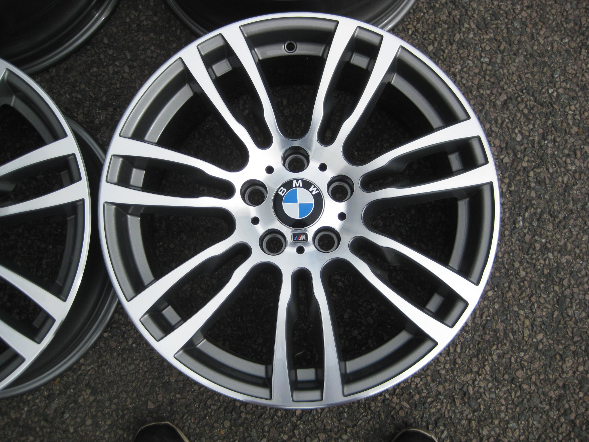 "USED 19"" GENUINE STYLE 403 F30/31 M DOUBLE SPOKE ALLOY WHEELS,WIDE REAR, FULLY REFURBED"