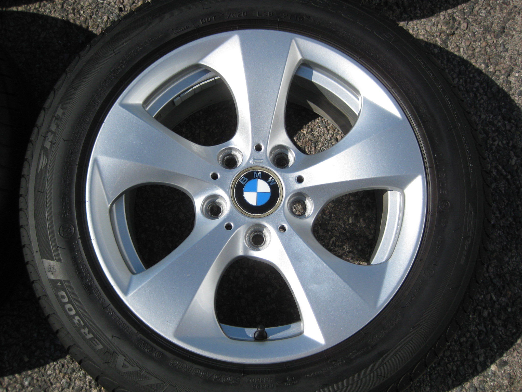 "USED 16"" GENUINE STYLE 306 TURBINE DIRECTIONAL ALLOY WHEELS, VERY GOOD CONDITION INC GOOD BRIDGESTONE RUNFLAT TYRES"