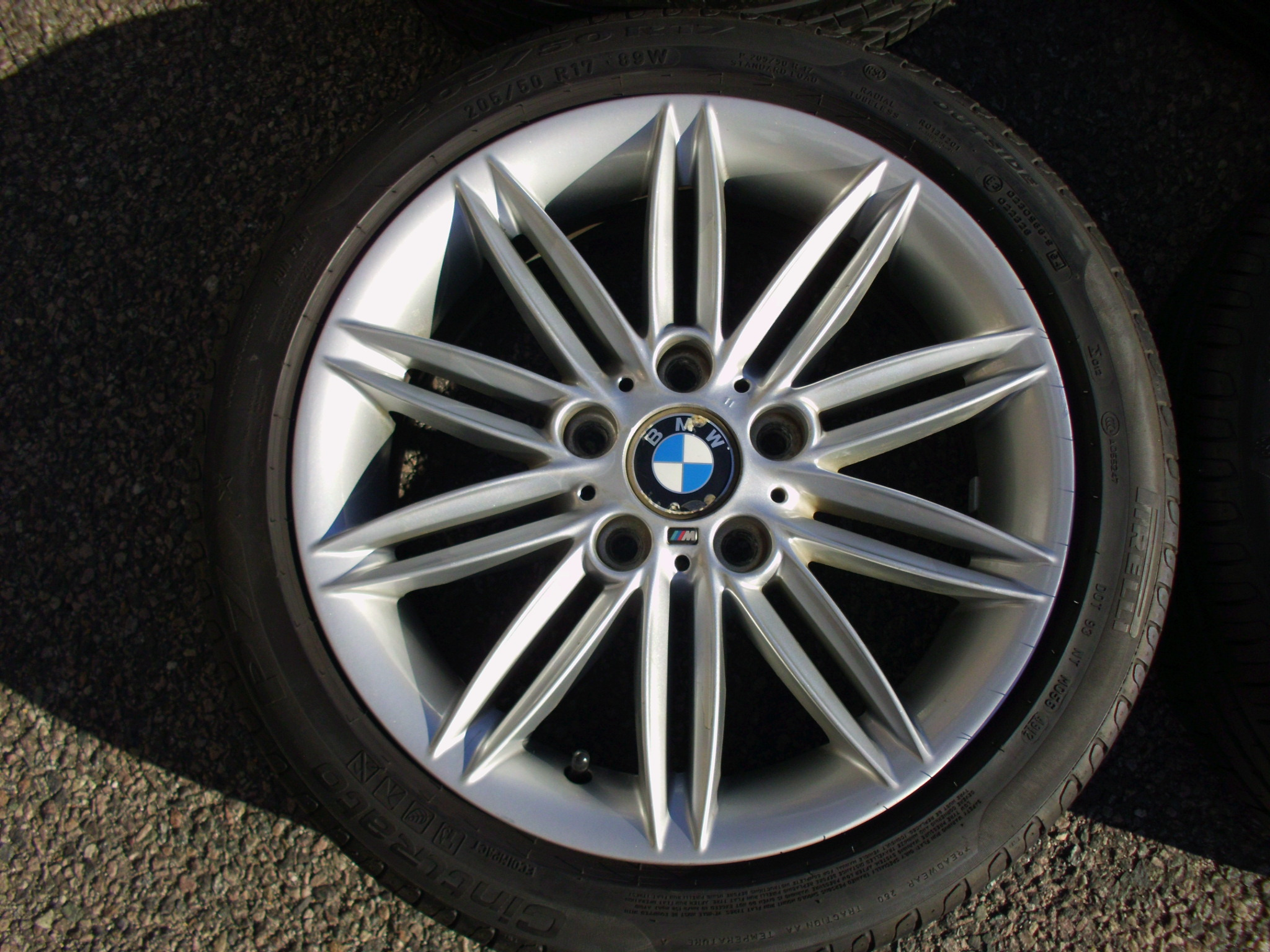 "USED 17"" GENUINE STYLE 207 1 SERIES M SPORT ALLOY WHEELS, WIDE REAR,CLEAN INC GOOD RUNFLAT TYRES"