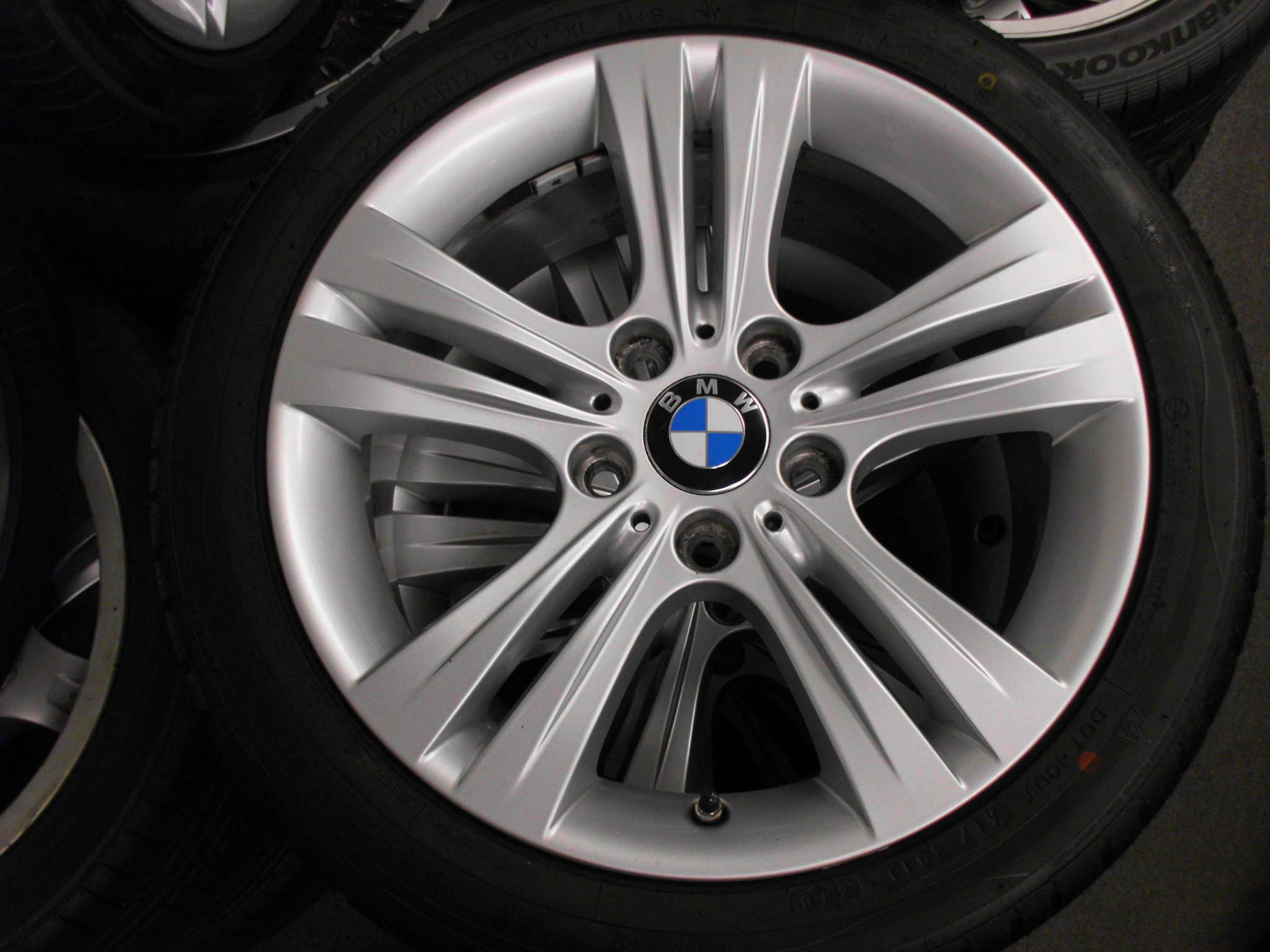 "USED 17"" GENUINE BMW STYLE 392 F30 5 SPOKE ALLOY WHEELS, NEAR UNMARKED INC NEW NANKANG SV2 WINTER TYRES INC TPMS"