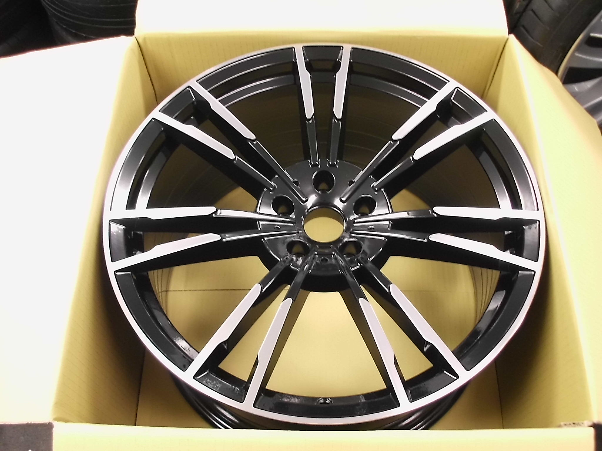 "NEW 20"" AG MG355 FLOW FORMED ALLOYS IN GLOSS BLACK POL, DEEPER CONCAVE 10.5"" REAR"