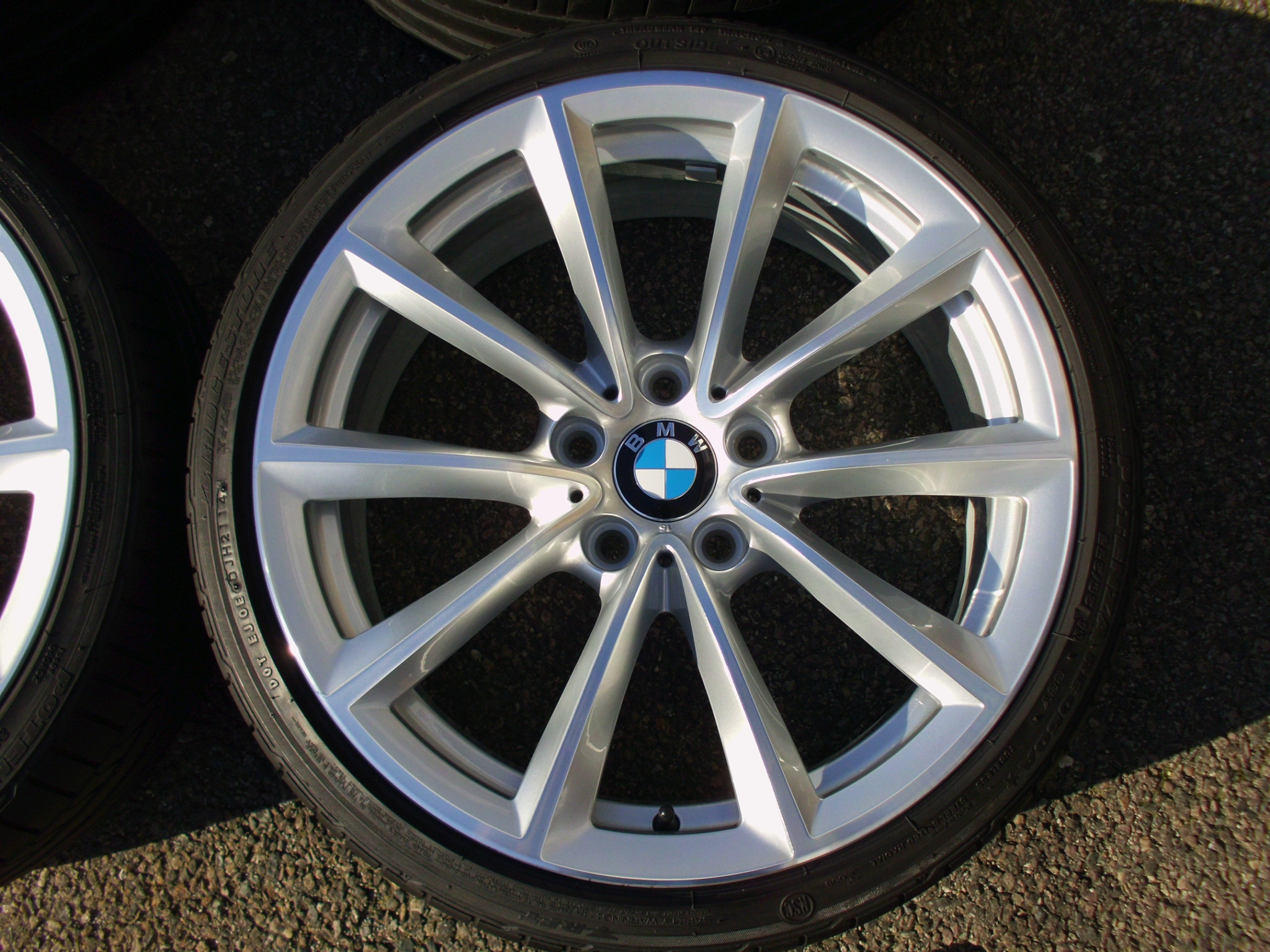 "USED 19"" GENUINE STYLE 296 V SPOKE ALLOY WHEELS, WIDE REAR, FULLY REFURBED INC GOOD BRIDESTONE RUNFLATS"