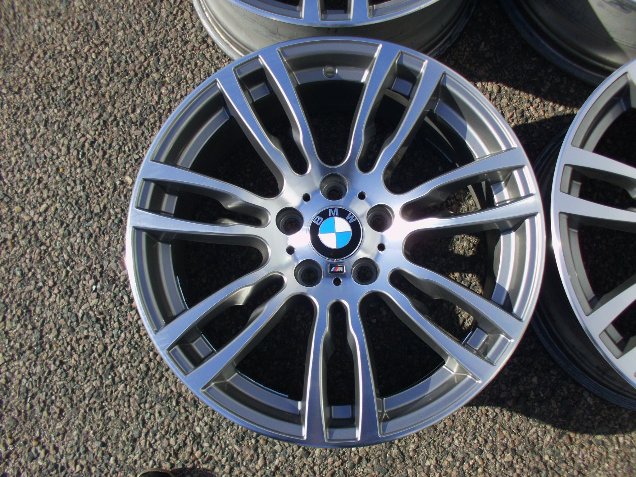 "USED 19"" GENUINE STYLE 403 DOUBLE SPOKE F30 M SPORT ALLOY WHEELS, EXCELLENT CONDITION,WIDE REAR"