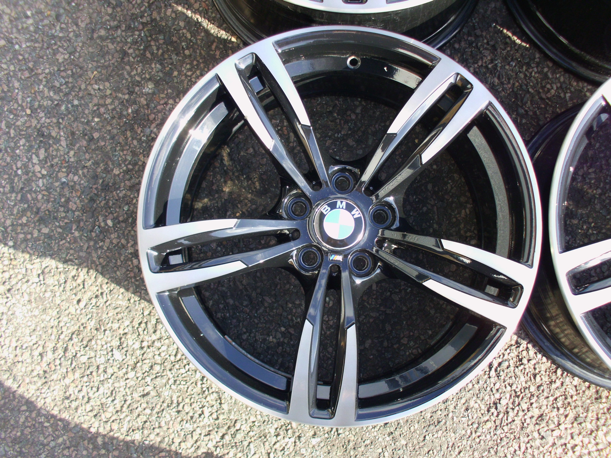 "USED 19"" GENUINE STYLE 437M F80 M3 FORGED DOUBLE SPOKE ALLOY WHEELS, WIDE REAR, RECENT FULL REFURB , GLOSS BLACK / POLISHED WITH DARK TINT LACQUER"