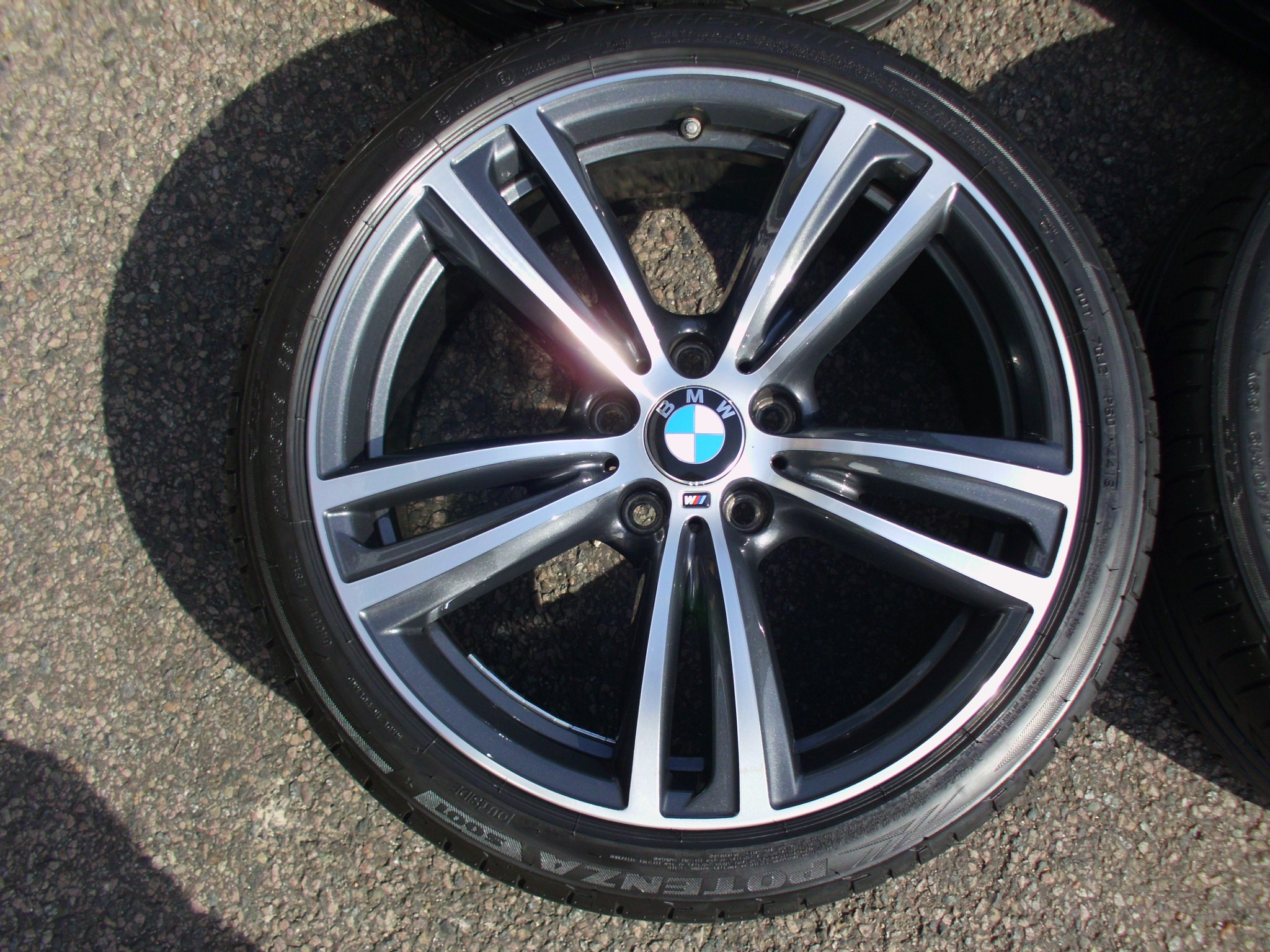 "USED 19"" GENUINE STYLE 442 F30/31 M DOUBLE SPOKE ALLOY WHEELS, VERY GOOD CONDITION INC VG BRIDGESTONE RUNFLAT TYRES AND TPMS"