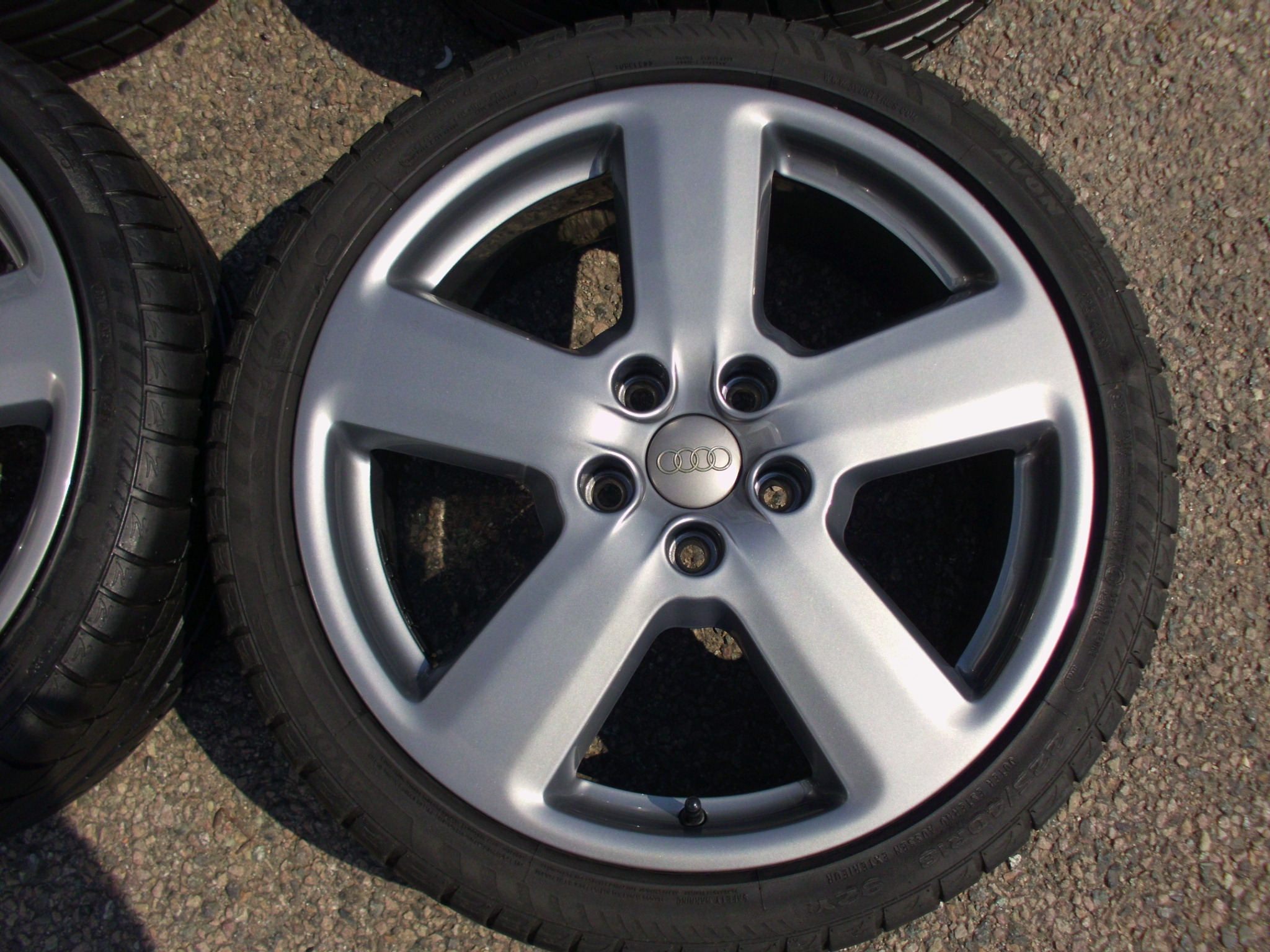 "USED 18"" GENUINE AUDI A3 RS6 SLINE ALLOYS,FULLY REFURBED IN GUNMETAL, INC GOOD AVON TYRES 5X112 ET54"