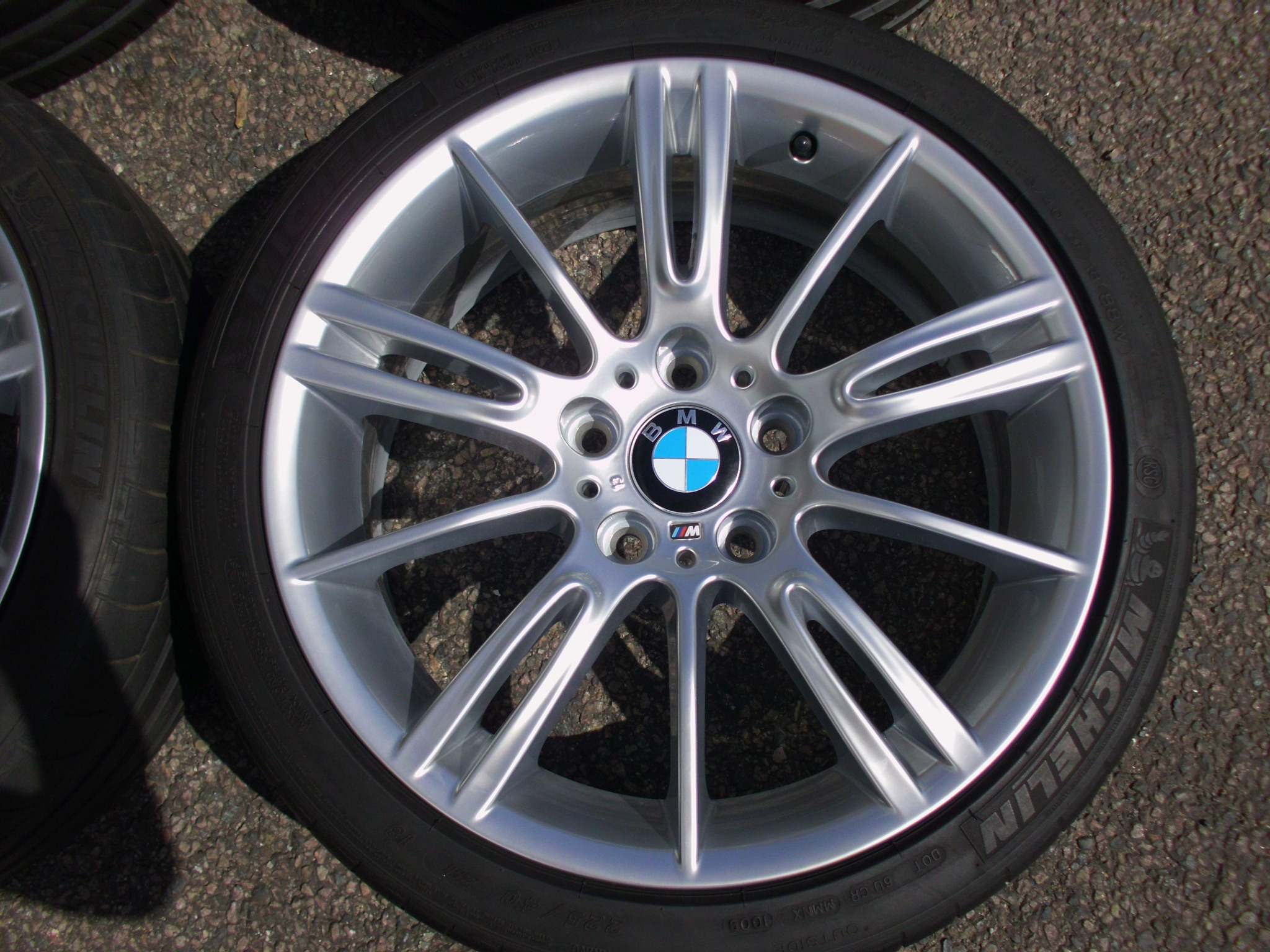"USED 18"" GENUINE STYLE 193 E9X MV3 SPORT ALLOYS,FULLY REFURBED,WIDE REAR INC GOOD MICHELIN PILOT RUNFLATS"