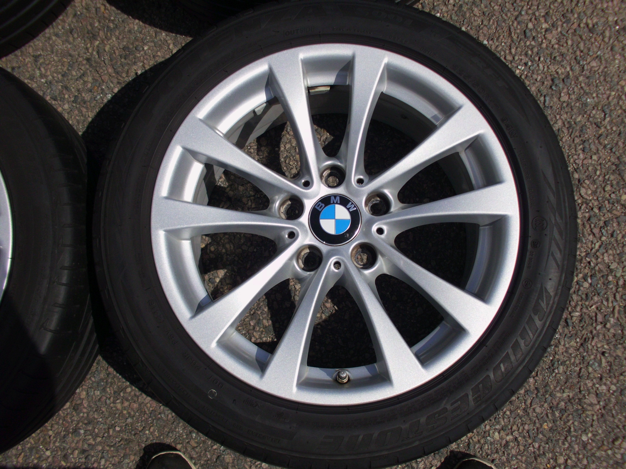 "USED 17"" GENUINE STYLE 395 F30 V SPOKE ALLOY WHEELS, VGC INC BRIDGESTONE RUNFLATS + TPMS"