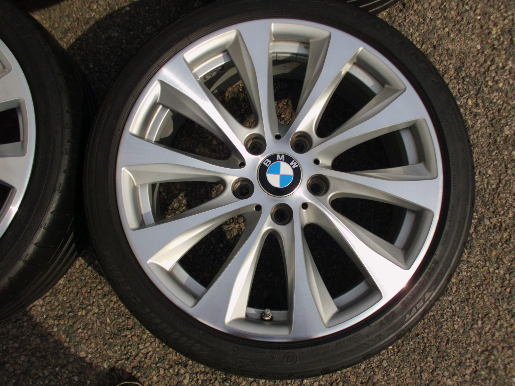 "USED 18"" GENUINE STYLE 387 1 SERIES MULTI SPOKE ALLOY WHEELS,VERY CLEAN, WIDER REAR INC BRIDGESTONE RUNFLATS"