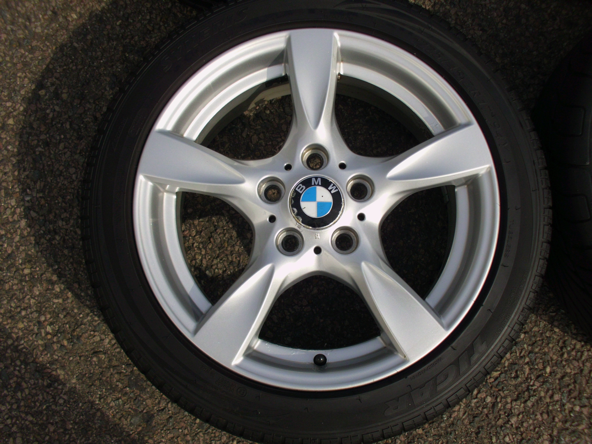"USED 17"" GENUINE BMW STYLE 371 1 SERIES 5 SPOKE ALLOY WHEELS,CLEAN INC TYRES"
