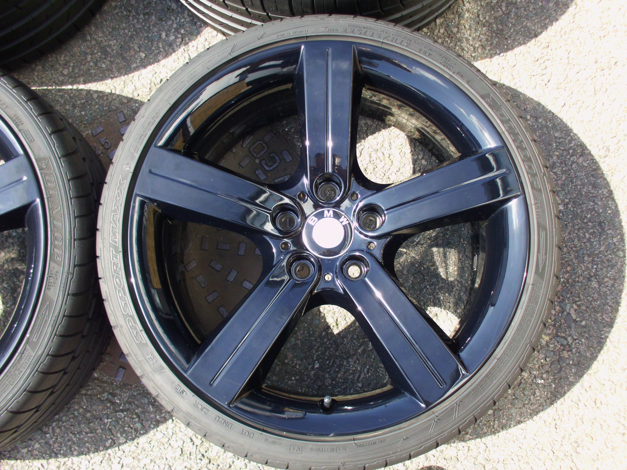 "USED 19"" GENUINE BMW STYLE 199 E92 5 SPOKE ALLOYS,WIDE REAR, FULLY REFURBED IN GLOSS BLACK INC VG NON RUNFLAT TYRES"