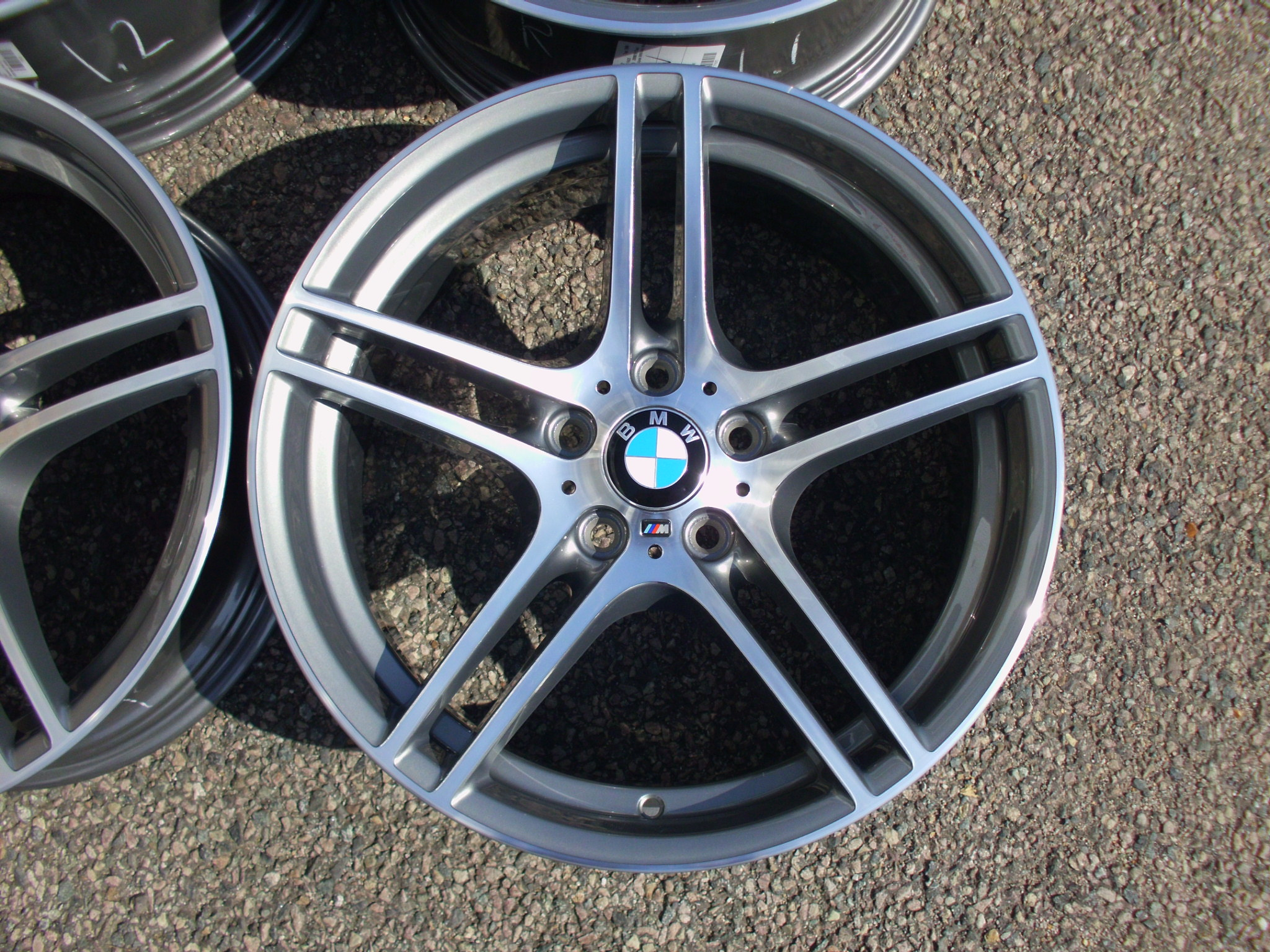 "USED 19"" GENUINE BMW STYLE 313 E92 M SPORT ALLOY WHEELS , FULLY REFURBED,WIDE REAR"