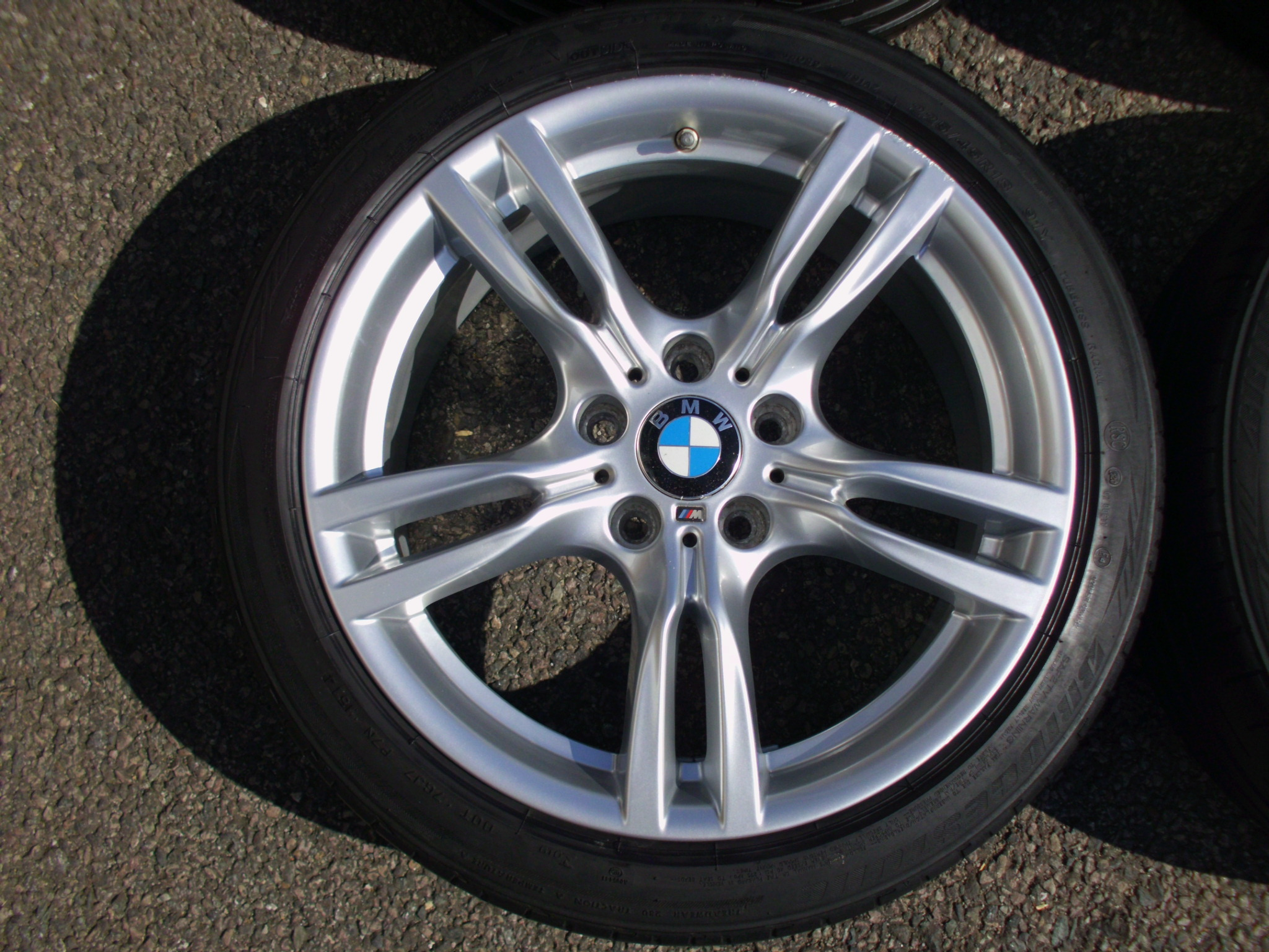 "USED 18"" GENUINE STYLE 400 M SPORT ALLOY WHEELS, WIDER REARS, CLEAN, INC BRIDGESTONE VG RUNFLAT TYRES + TPMS"