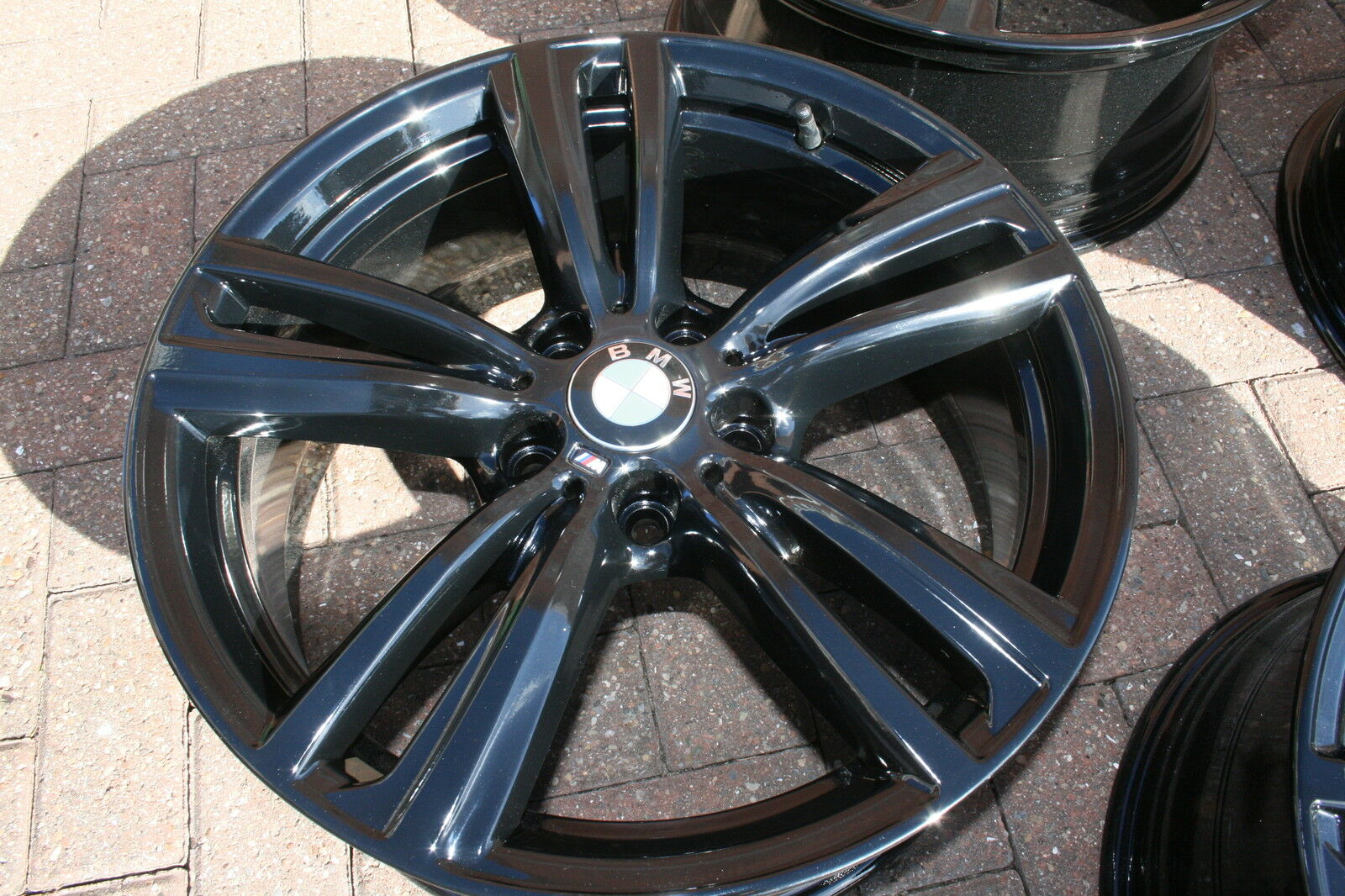 "USED 19"" GENUINE STYLE 442 F30/31 M DOUBLE SPOKE ALLOY WHEELS,WIDE REAR, FULLY REFURBED IN GLOSS BLACK"