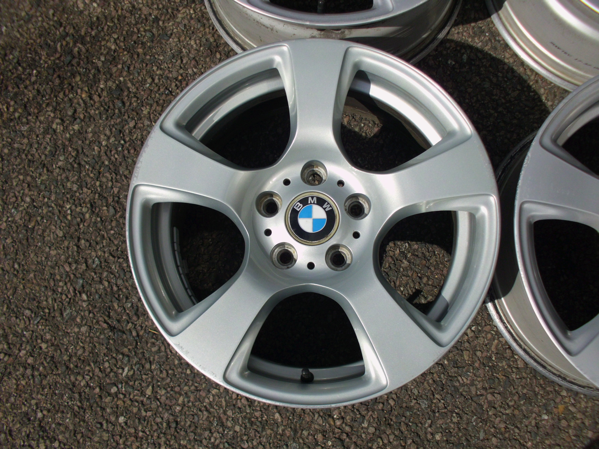 "USED 17"" GENUINE STYLE 157 E92 5 SPOKE ALLOYS, GOOD CONDITION, IDEAL WINTER SET"